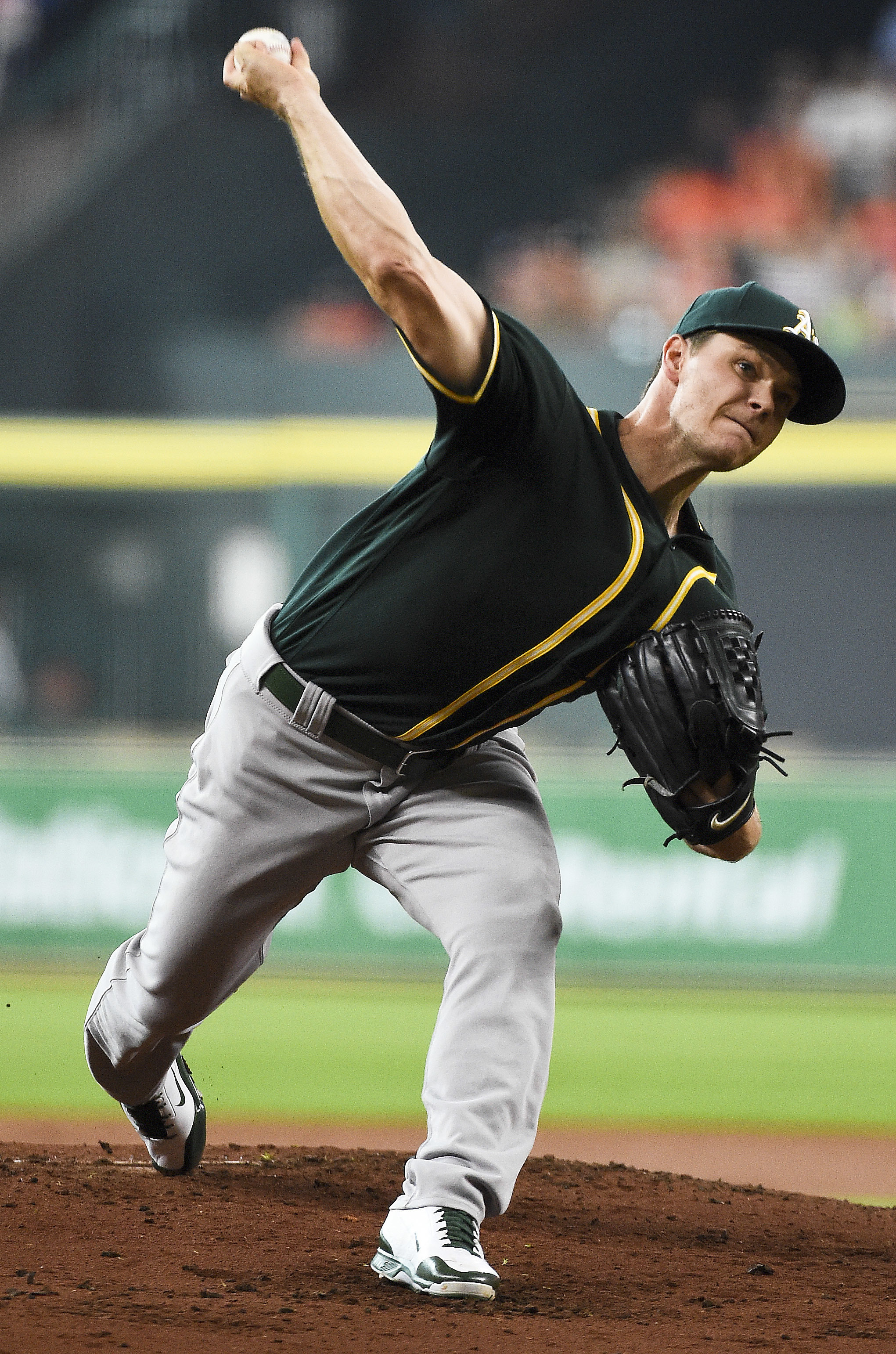 Oakland Athletics starting pitcher Sonny Gray delivers during the first inning of a baseball game against the Houston Astros, Sunday, June 5, 2016, in Houston. (AP Photo/Eric Christian Smith)