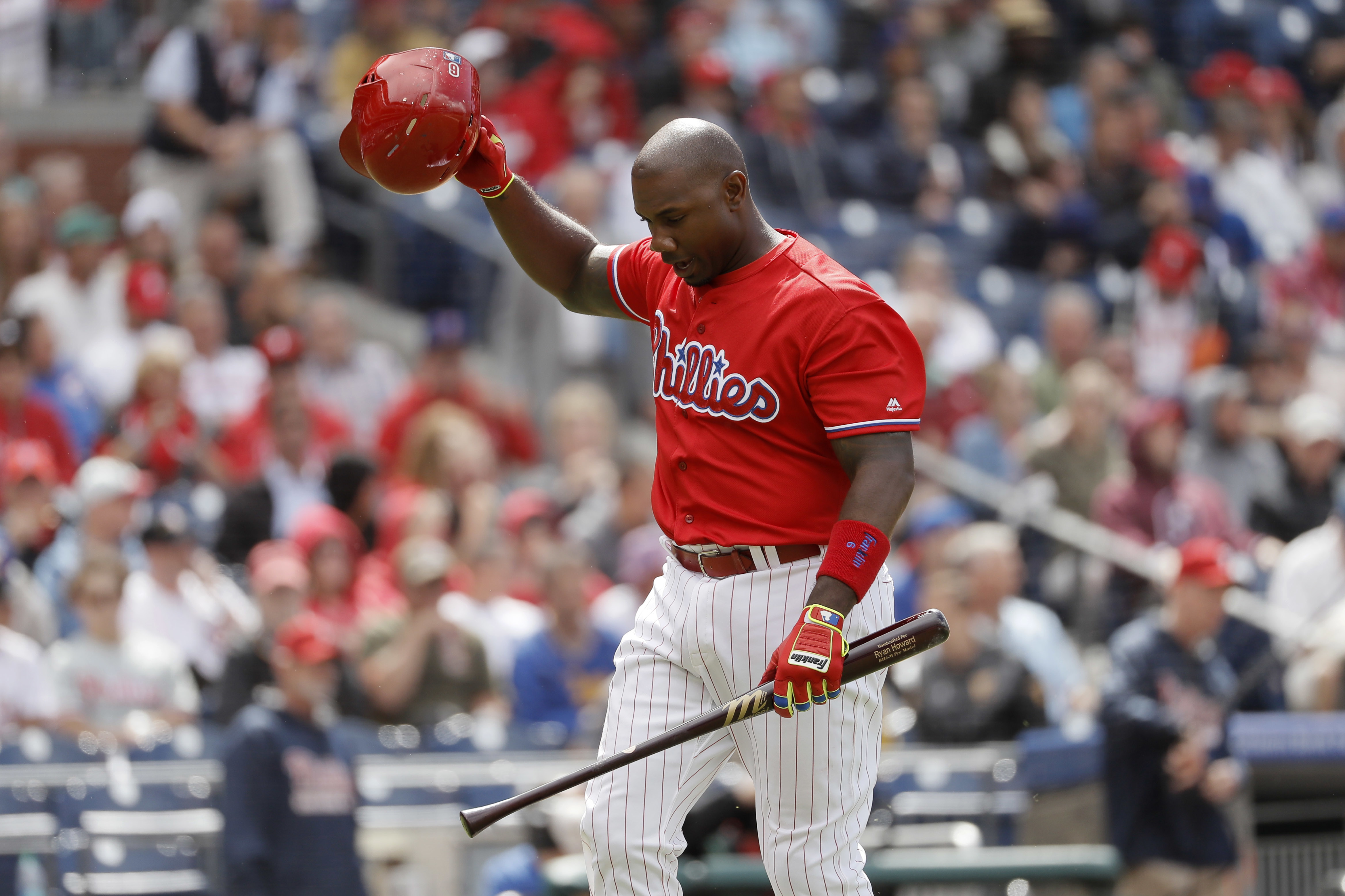 Philadelphia Phillies' Ryan Howard reacts after being struck out by Chicago Cubs' John Lackey during the seventh inning of a baseball game, Wednesday, June 8, 2016, in Philadelphia. Chicago won 8-1. (AP Photo/Matt Slocum)