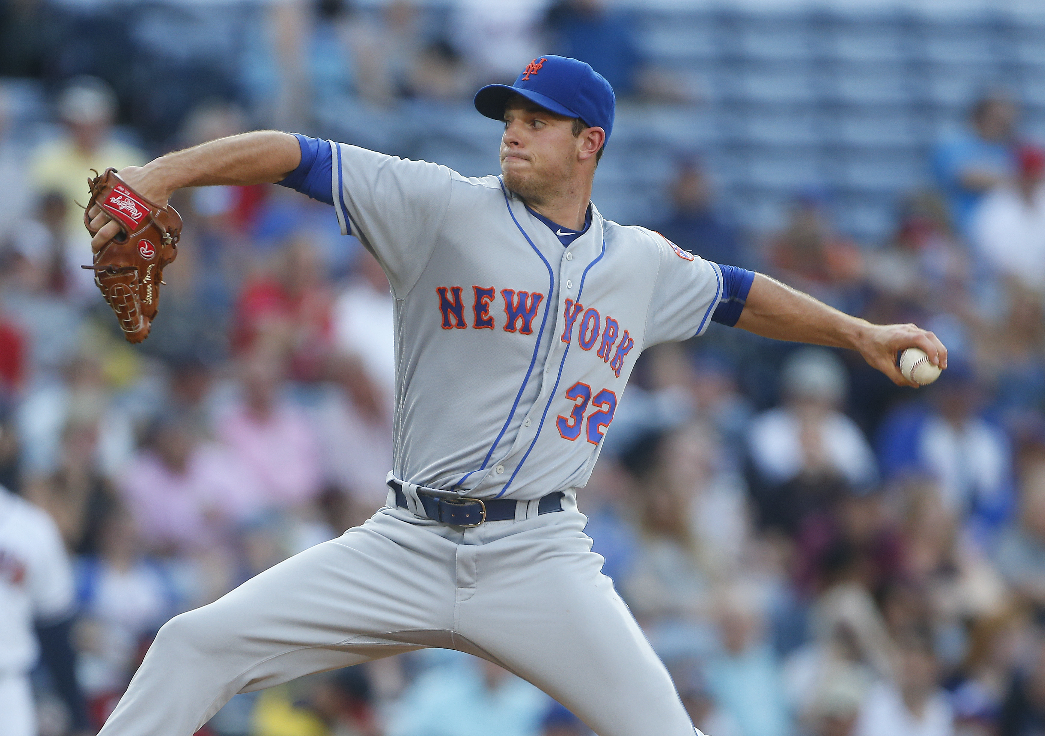 New York Mets starting pitcher Steven Matz delivers against the Atlanta Braves in the first inning of a baseball game Friday, June 24, 2016, in Atlanta. (AP Photo/John Bazemore)