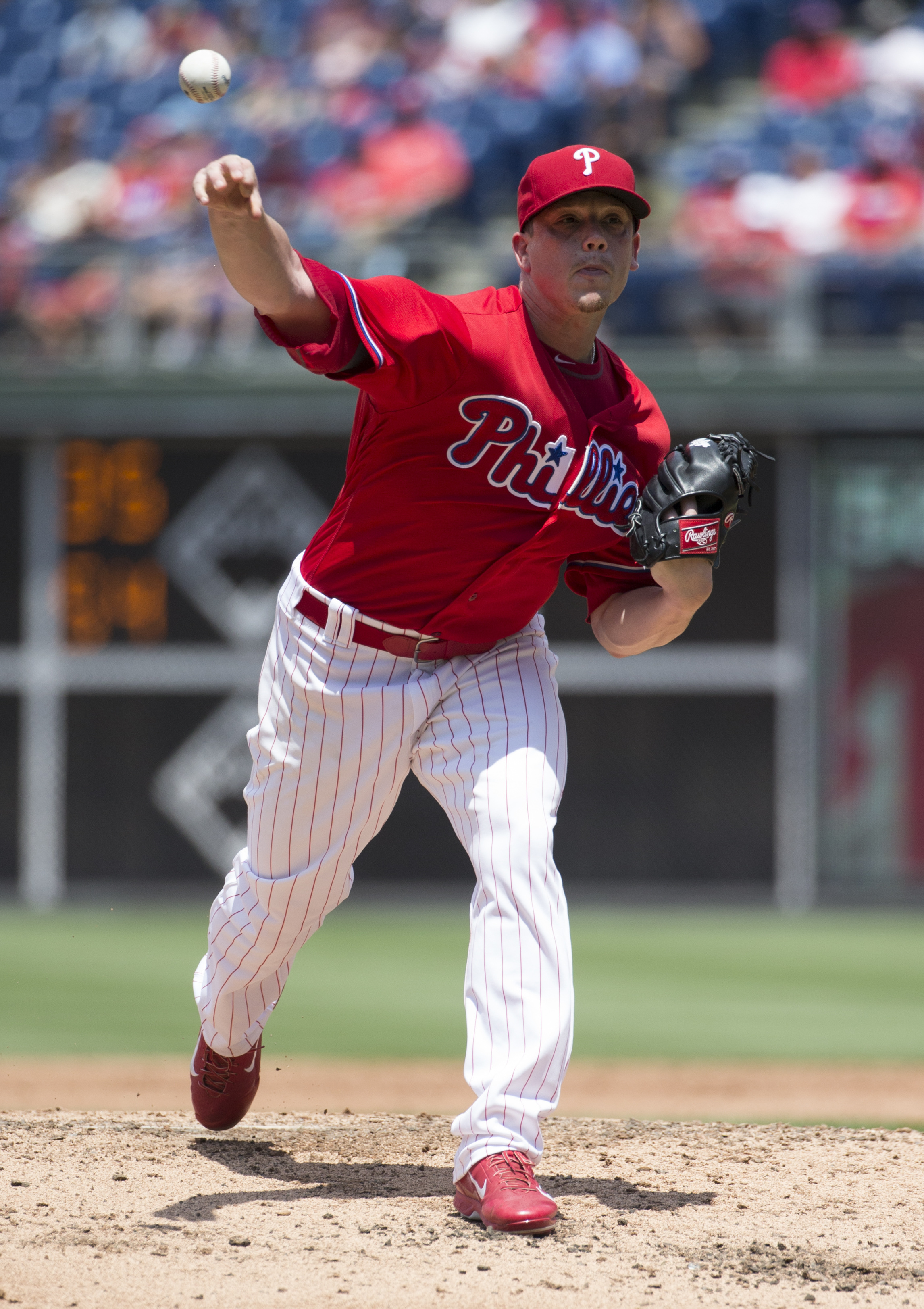 Philadelphia Phillies starting pitcher Jeremy Hellickson throws a pitch during the third inning of a baseball game against the Atlanta Braves, Wednesday, July 6, 2016, in Philadelphia. (AP Photo/Chris Szagola)