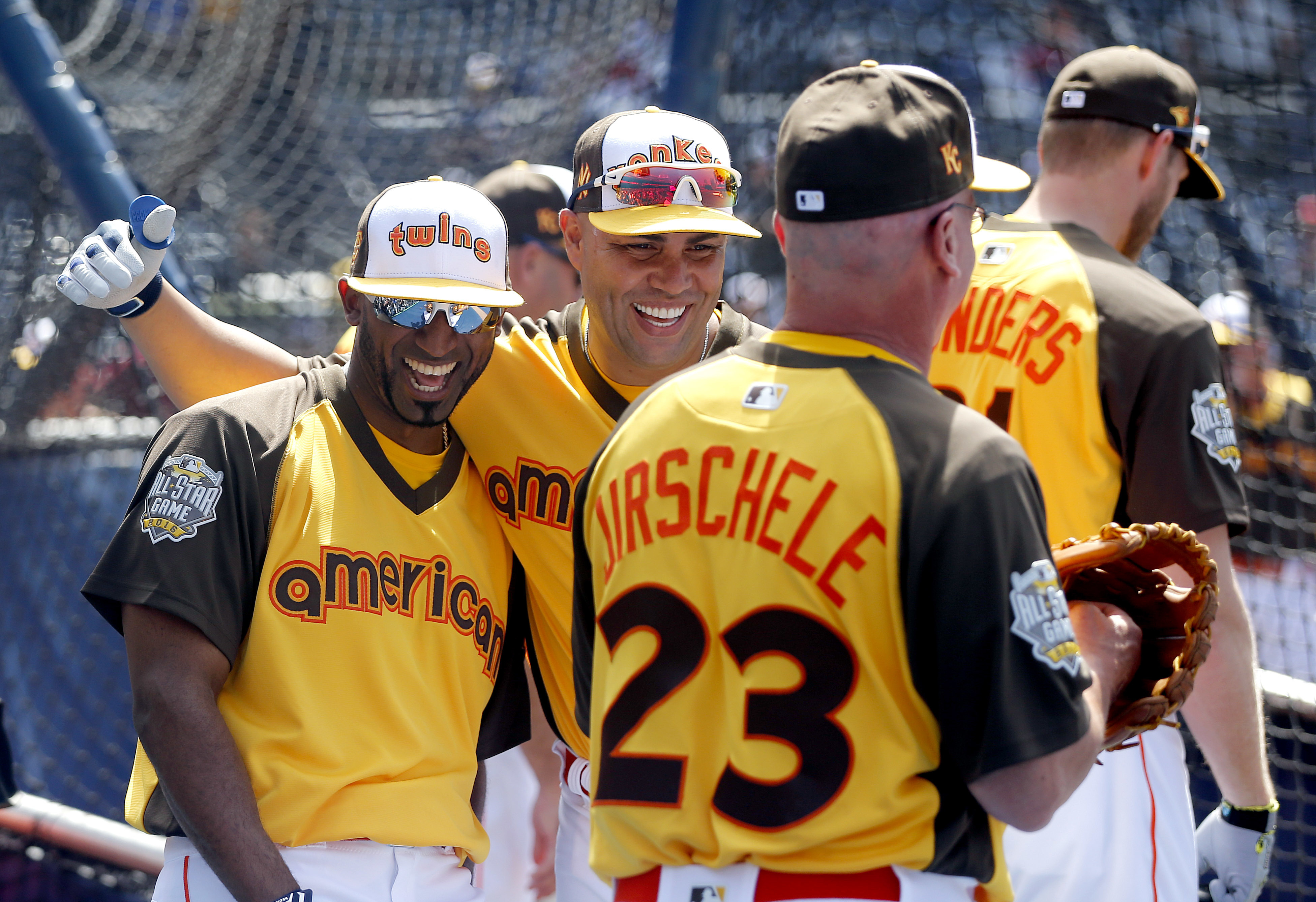 American League's Eduardo Nunez, of the Minnesota Twins, left, and Carlos Beltran, of the New York Yankees, laugh during batting practice prior to the MLB baseball All-Star Home Run Derby, Monday, July 11, 2016, in San Diego. (AP Photo/Lenny Ignelzi)