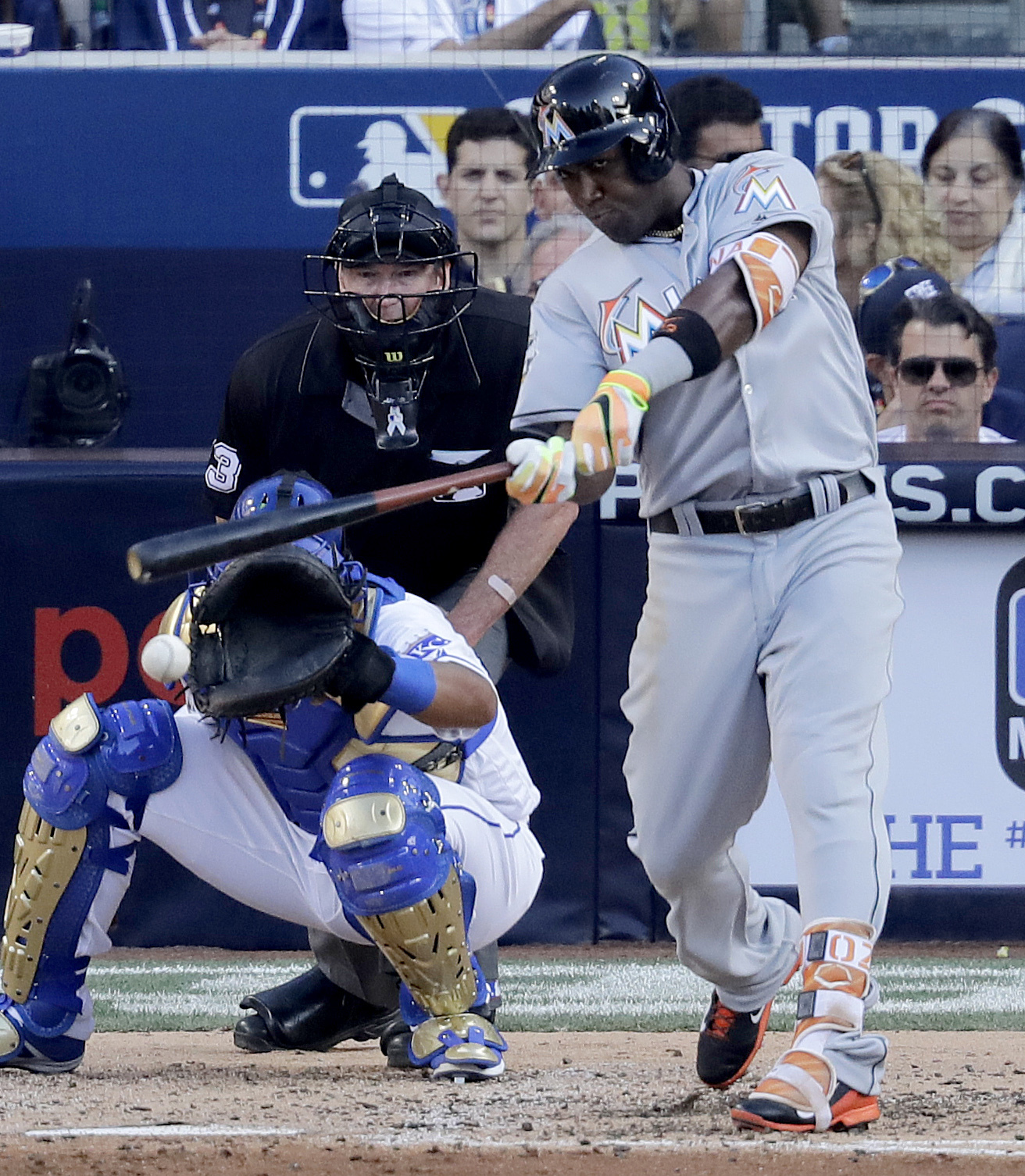 National League's Marcell Ozuna, of the Miami Marlins, hits an RBI single during the fourth inning of the MLB baseball All-Star Game, Tuesday, July 12, 2016, in San Diego. (AP Photo/Jae C. Hong)