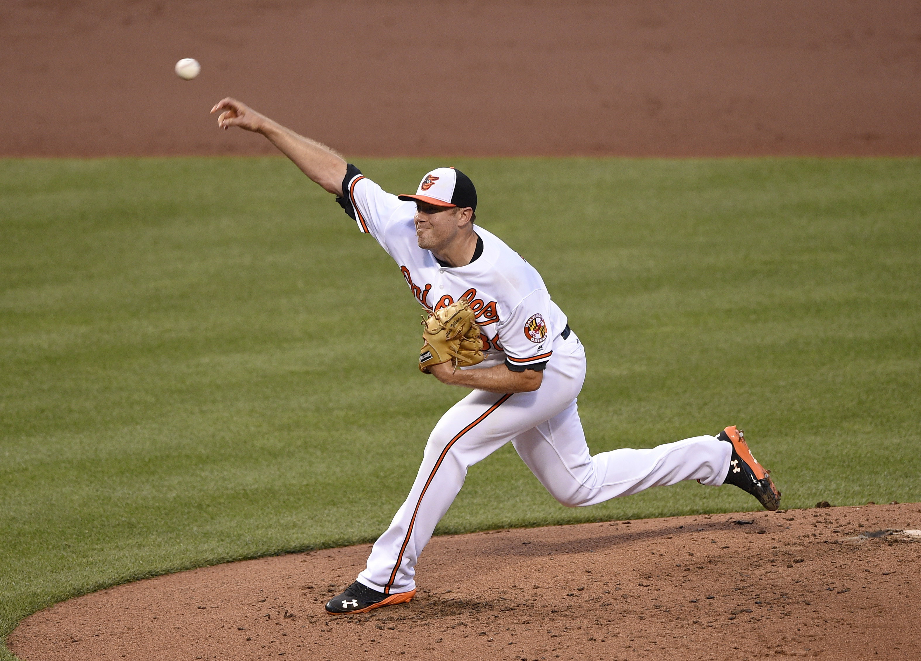Baltimore Orioles starting pitcher Chris Tillman delivers a pitch during the third inning of a baseball game against the Colorado Rockies, Tuesday, July 26, 2016, in Baltimore. (AP Photo/Nick Wass)