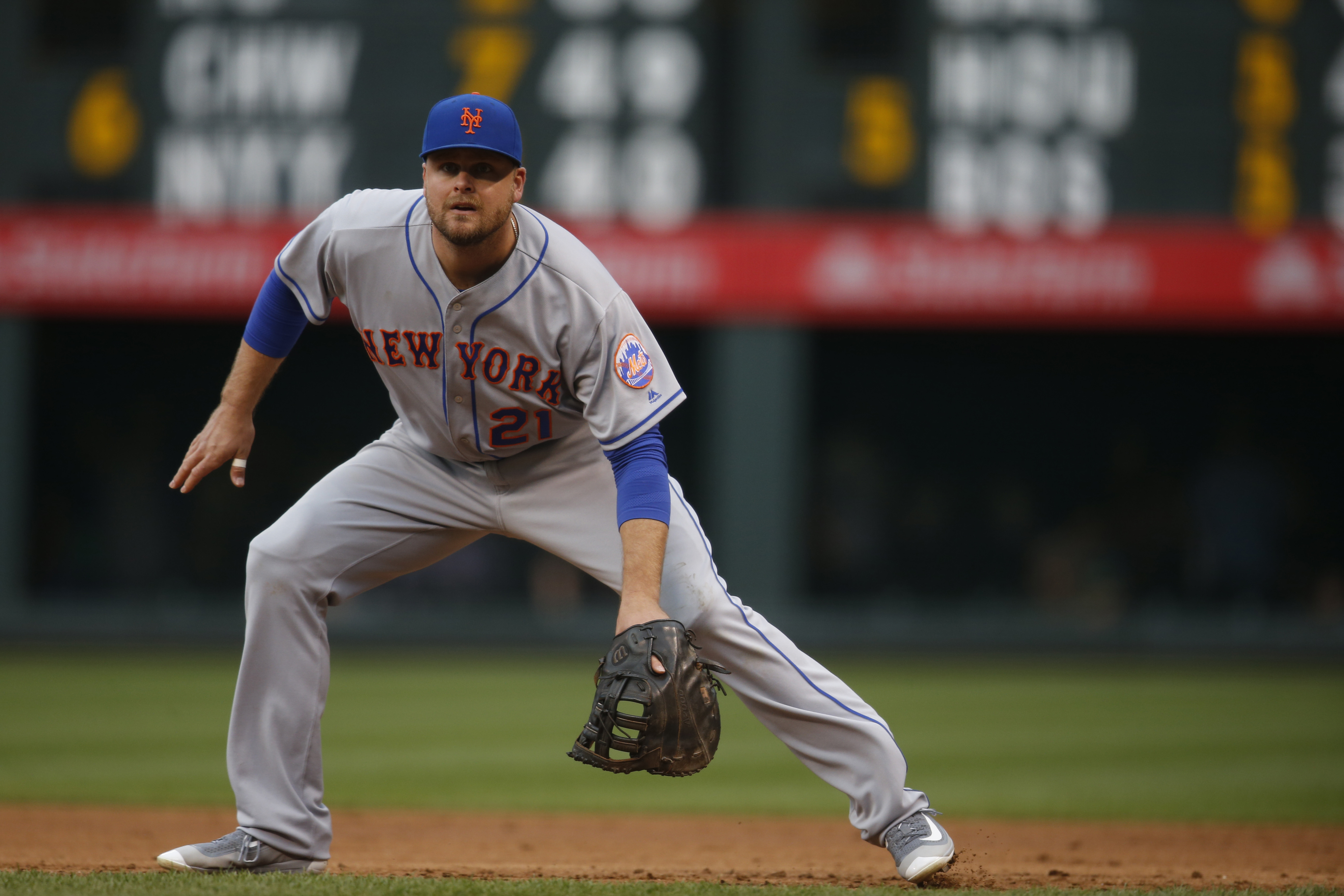 New York Mets first baseman Lucas Duda (21) in the first inning of a baseball game Friday, May 13, 2016, in Denver. (AP Photo/David Zalubowski)