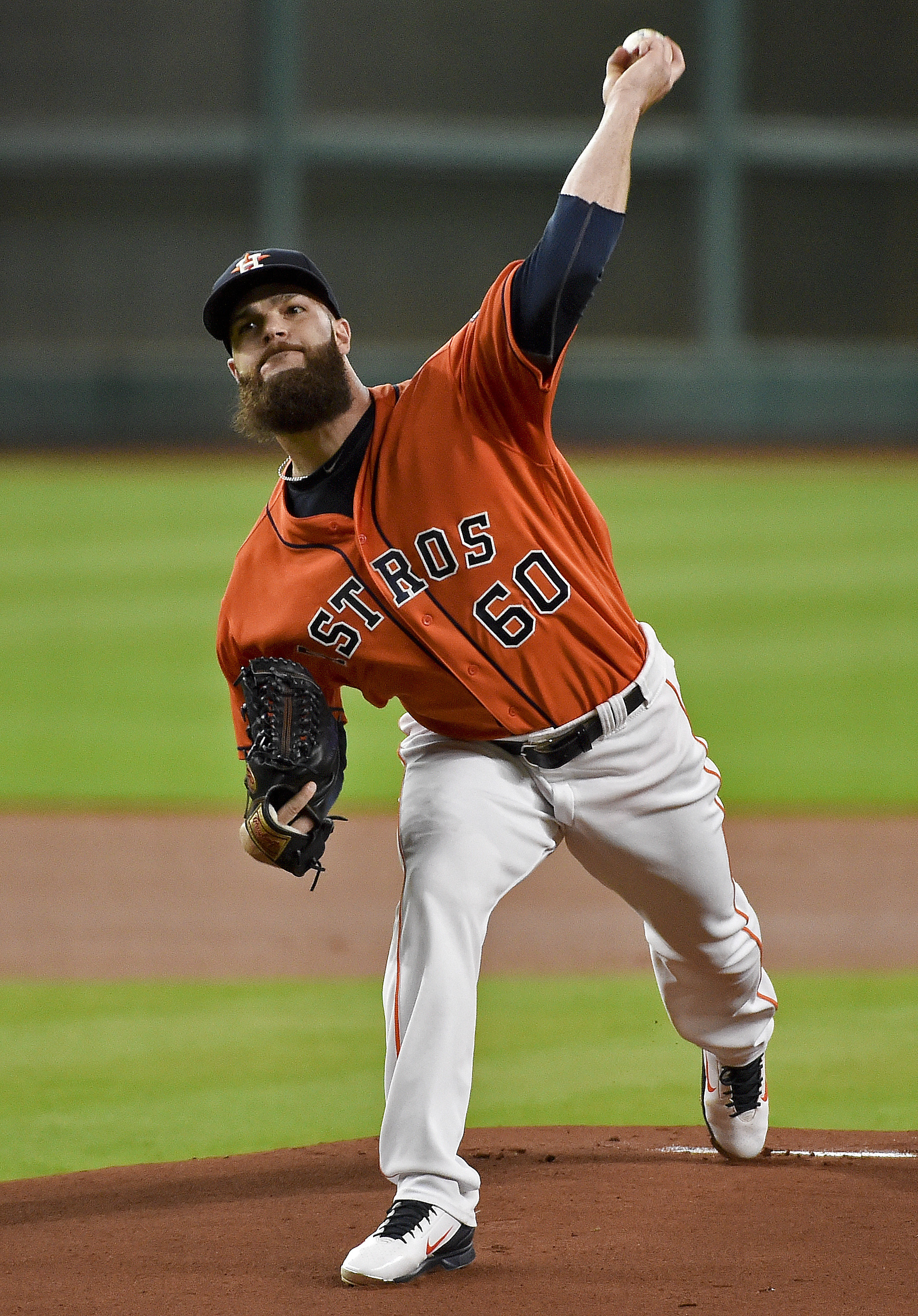Houston Astros starting pitcher Dallas Keuchel delivers in the first inning of a baseball game against the Texas Rangers, Friday, Aug. 5, 2016, in Houston. (AP Photo/Eric Christian Smith)