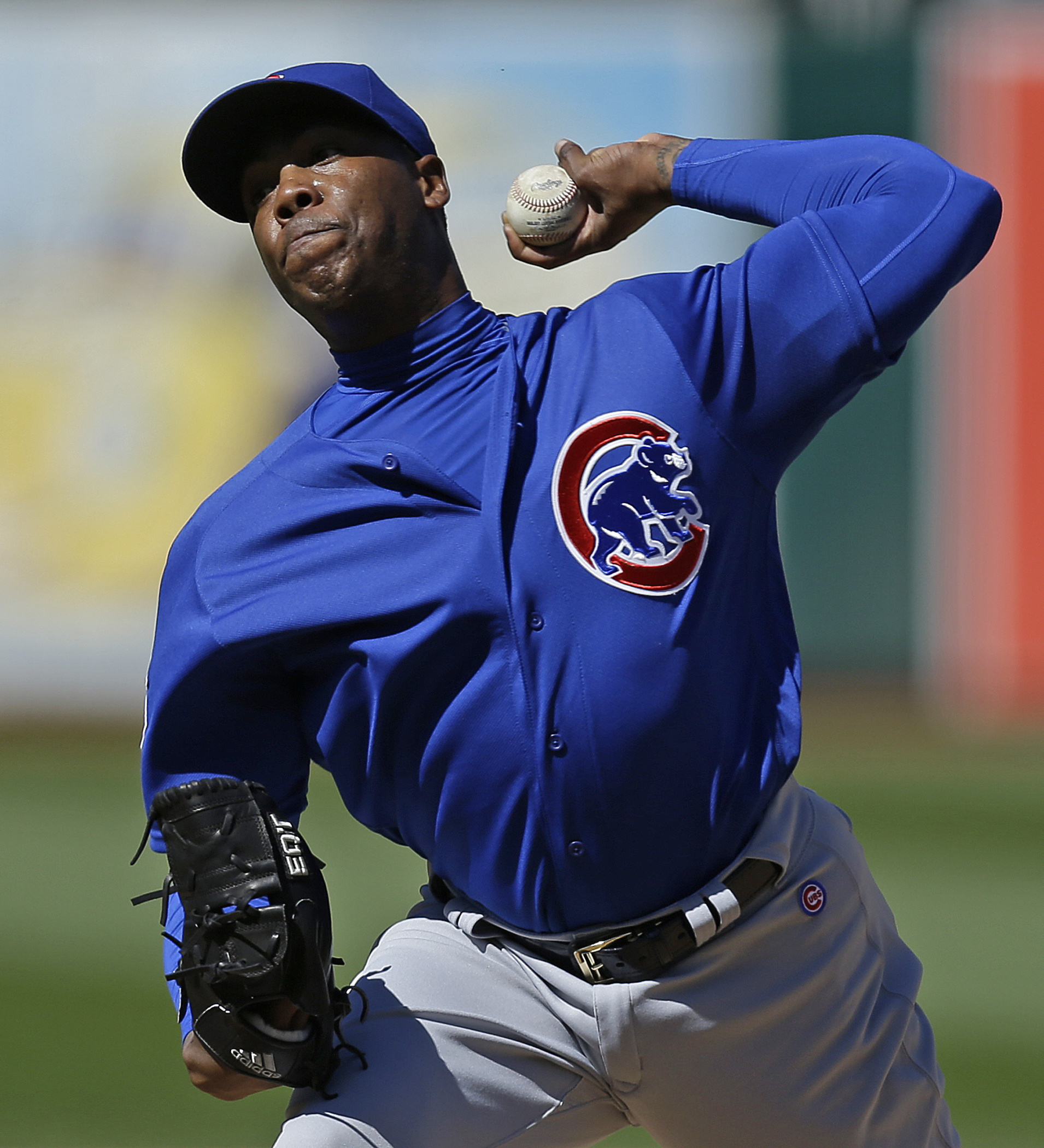 Chicago Cubs pitcher Aroldis Chapman works against the Oakland Athletics in the ninth inning of a baseball game, Sunday, Aug. 7, 2016, in Oakland, Calif. (AP Photo/Ben Margot)