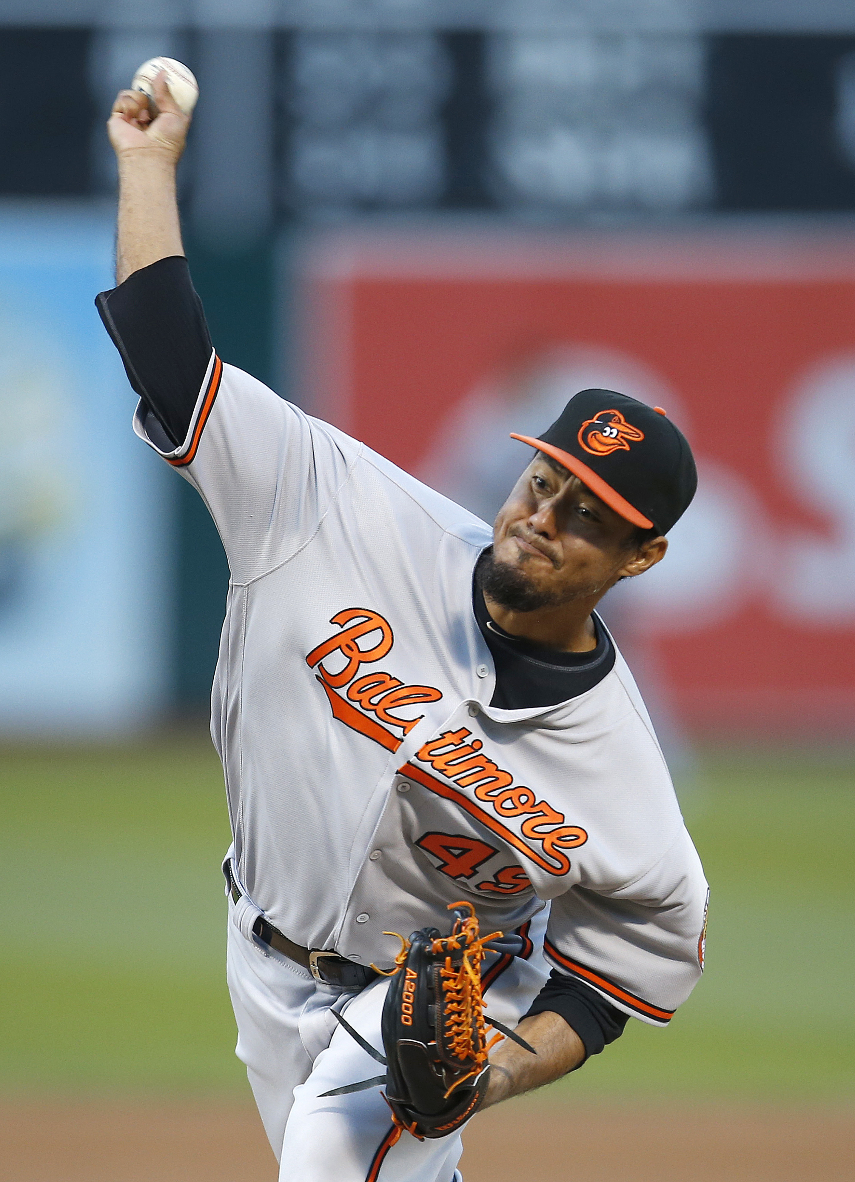 Baltimore Orioles pitcher Yovani Gallardo throws against the Oakland Athletics in the first inning of a baseball game Wednesday, Aug. 10, 2016 in Oakland, Calif. (AP Photo/Tony Avelar)