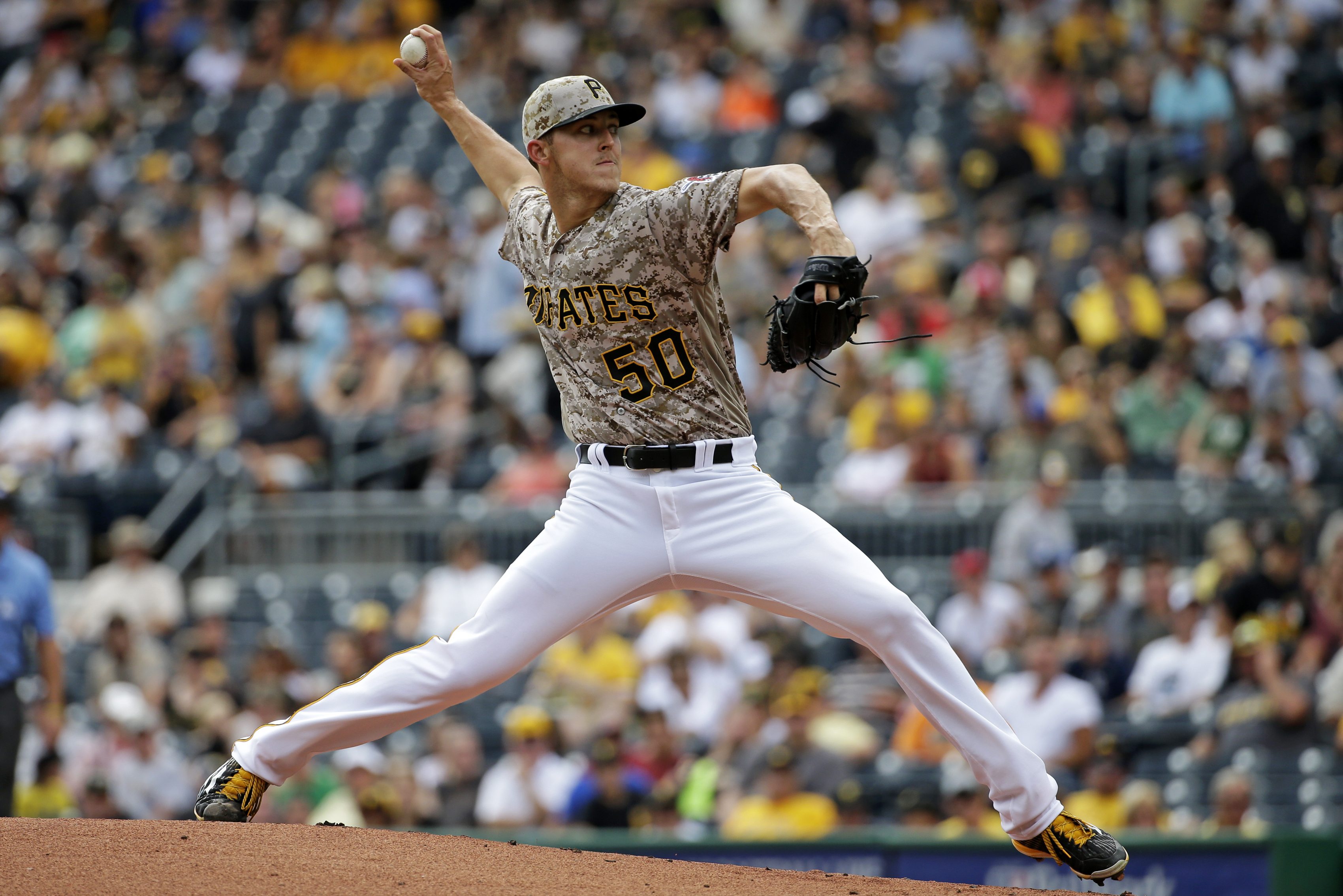 Pittsburgh Pirates starting pitcher Jameson Taillon delivers in the first inning of a baseball game against the San Diego Padres in Pittsburgh, Thursday, Aug. 11, 2016. (AP Photo/Gene J. Puskar)