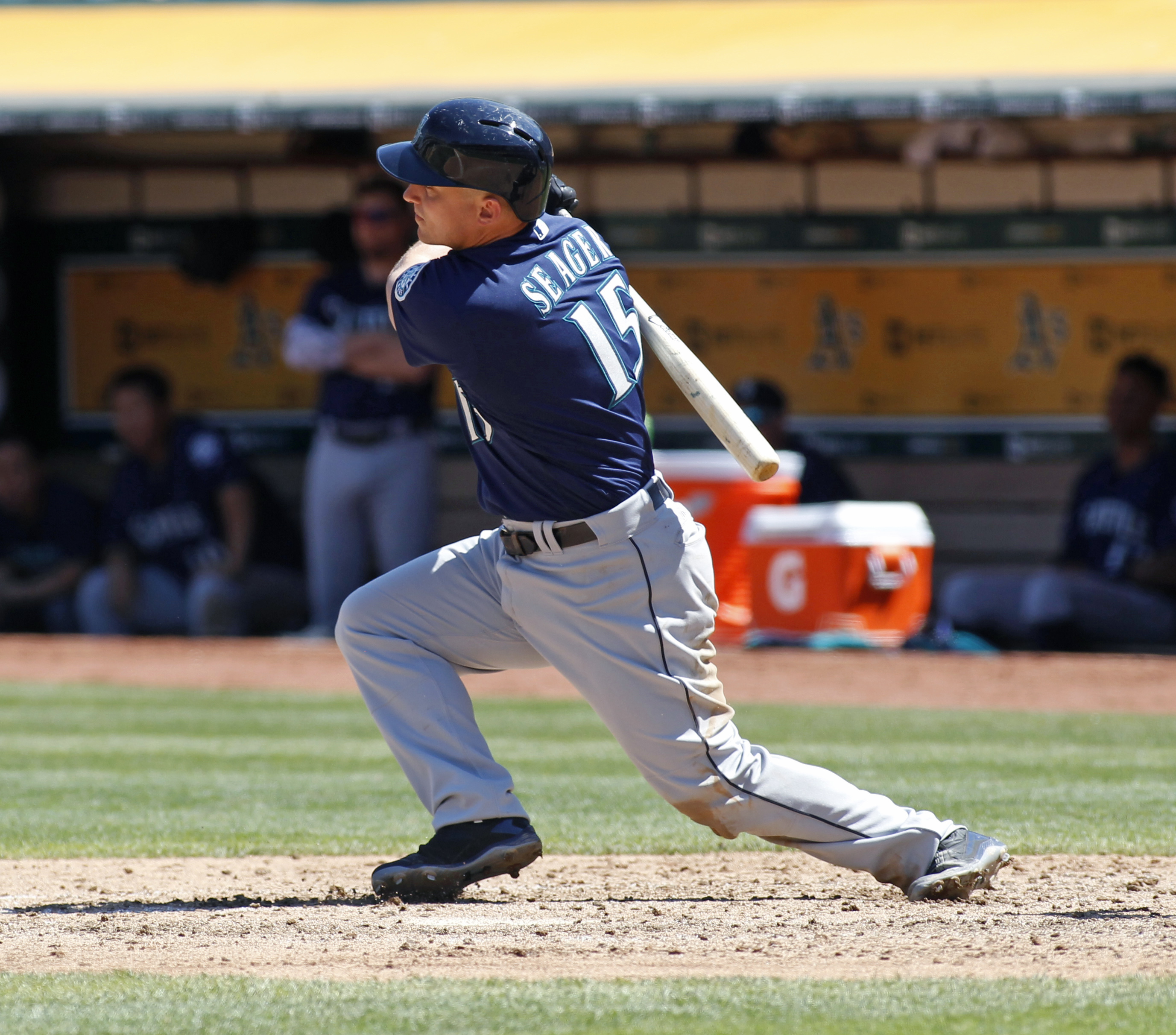 Seattle Mariners' Kyle Seager hits a three RBI-double against the Oakland Athletics during the sixth inning of a baseball game, Sunday, Aug. 14, 2016, in Oakland, Calif. (AP Photo/George Nikitin)