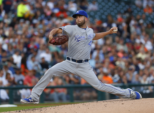 Kansas City Royals pitcher Danny Duffy throws against the Detroit Tigers in the second inning of a baseball game in Detroit, Tuesday, Aug. 16, 2016. (AP Photo/Paul Sancya)