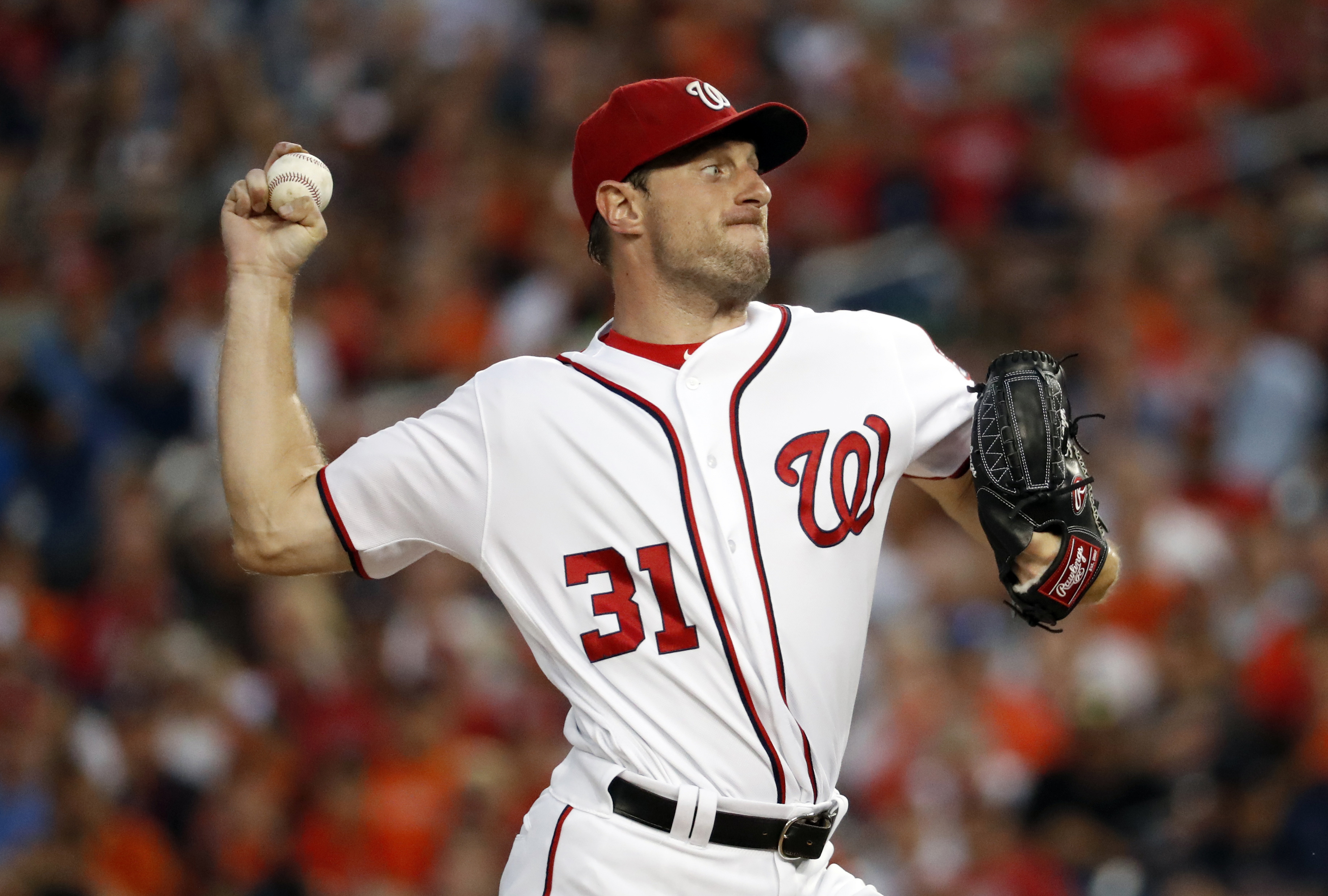 Washington Nationals starting pitcher Max Scherzer throws during the third inning of a baseball game against the Baltimore Orioles at Nationals Park Thursday, Aug. 25, 2016, in Washington. (AP Photo/Alex Brandon)