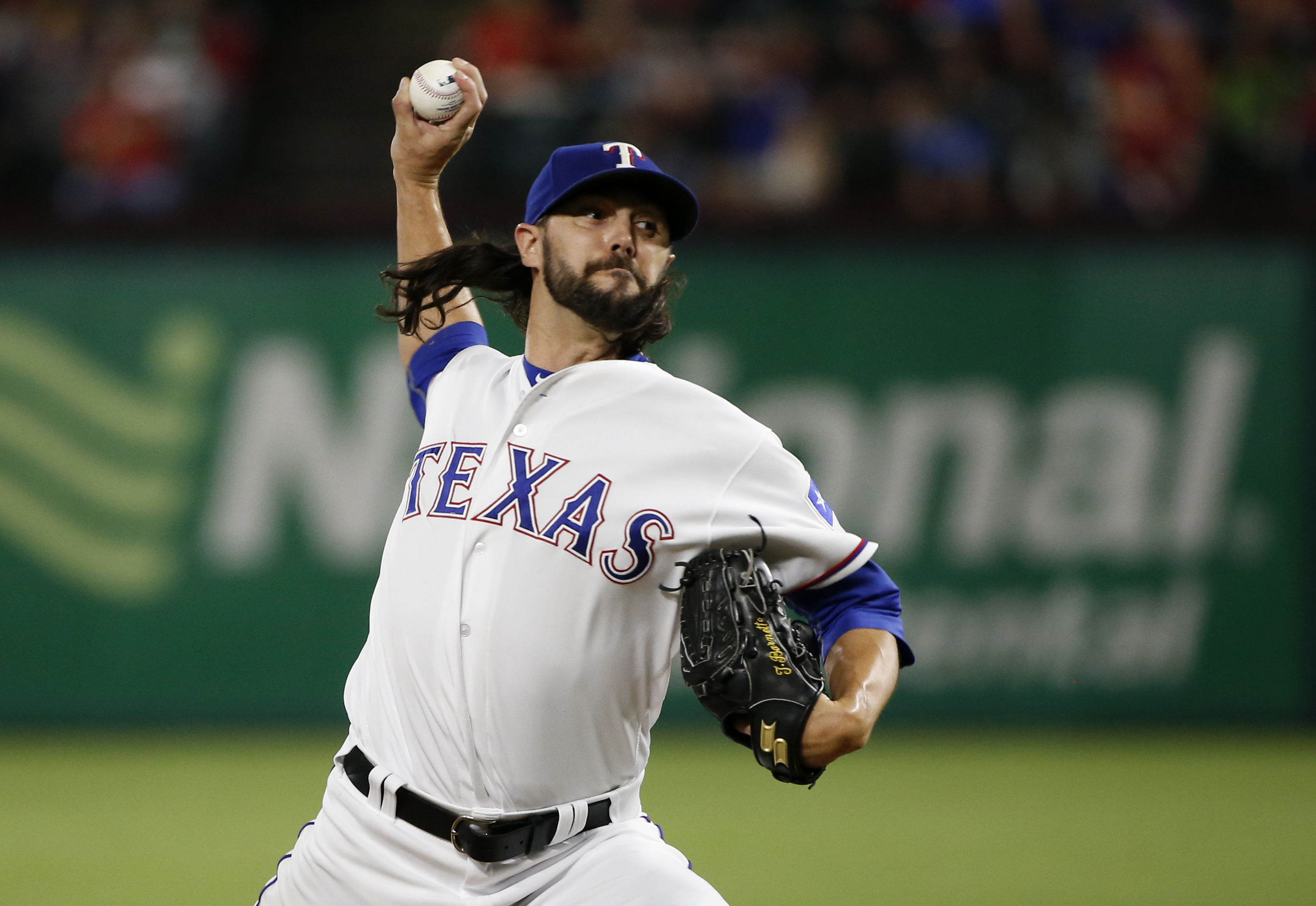 Texas Rangers relief pitcher Tony Barnette throws against the Milwaukee Brewers during the sixth inning of a baseball game Tuesday, Sept. 27, 2016, in Arlington, Texas. The Rangers won 6-4. (AP Photo/Ron Jenkins)