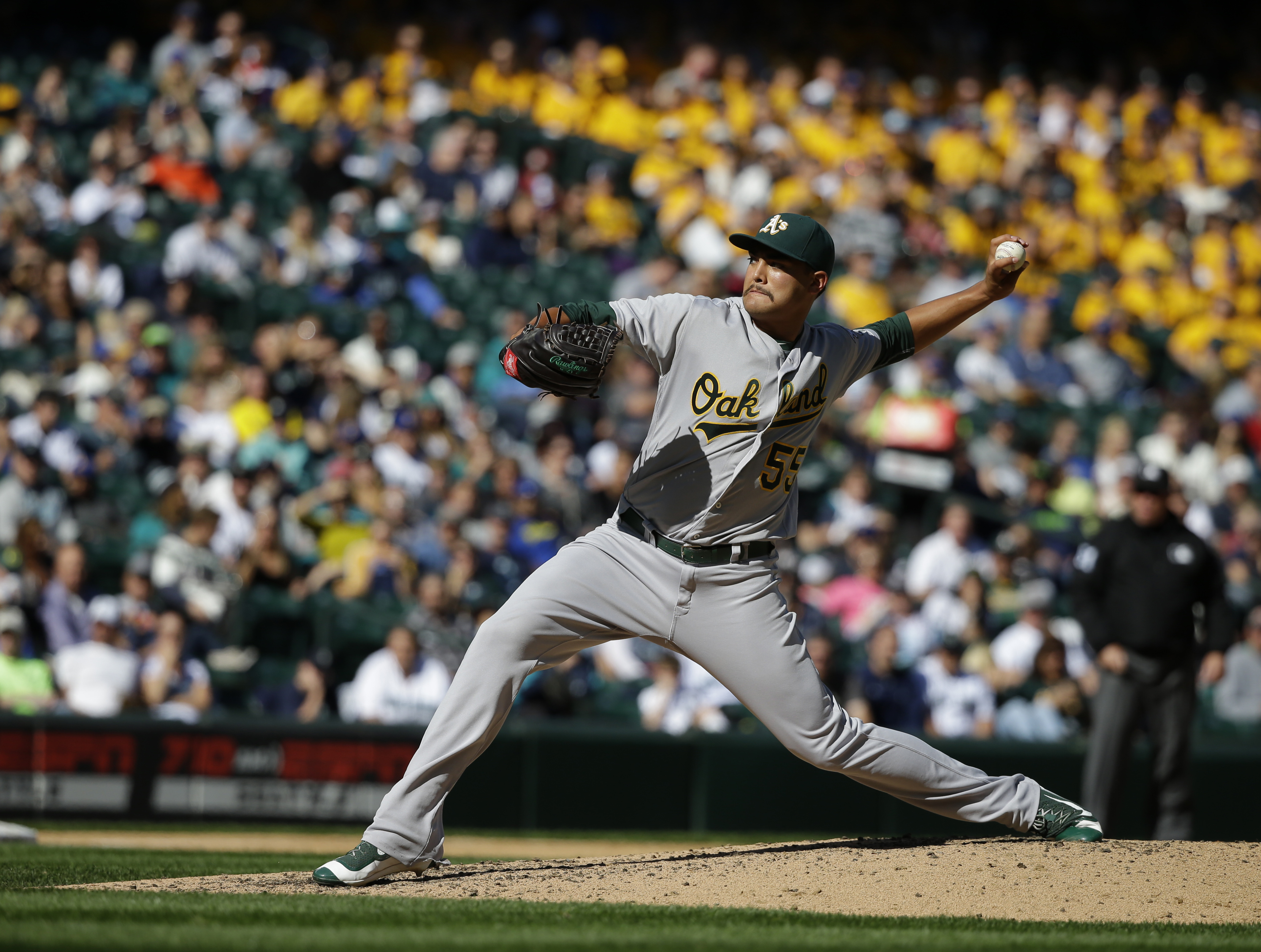 Oakland Athletics starting pitcher Sean Manaea throws against the Seattle Mariners in the fourth inning of a baseball game, Sunday, Oct. 2, 2016, in Seattle. (AP Photo/Ted S. Warren)