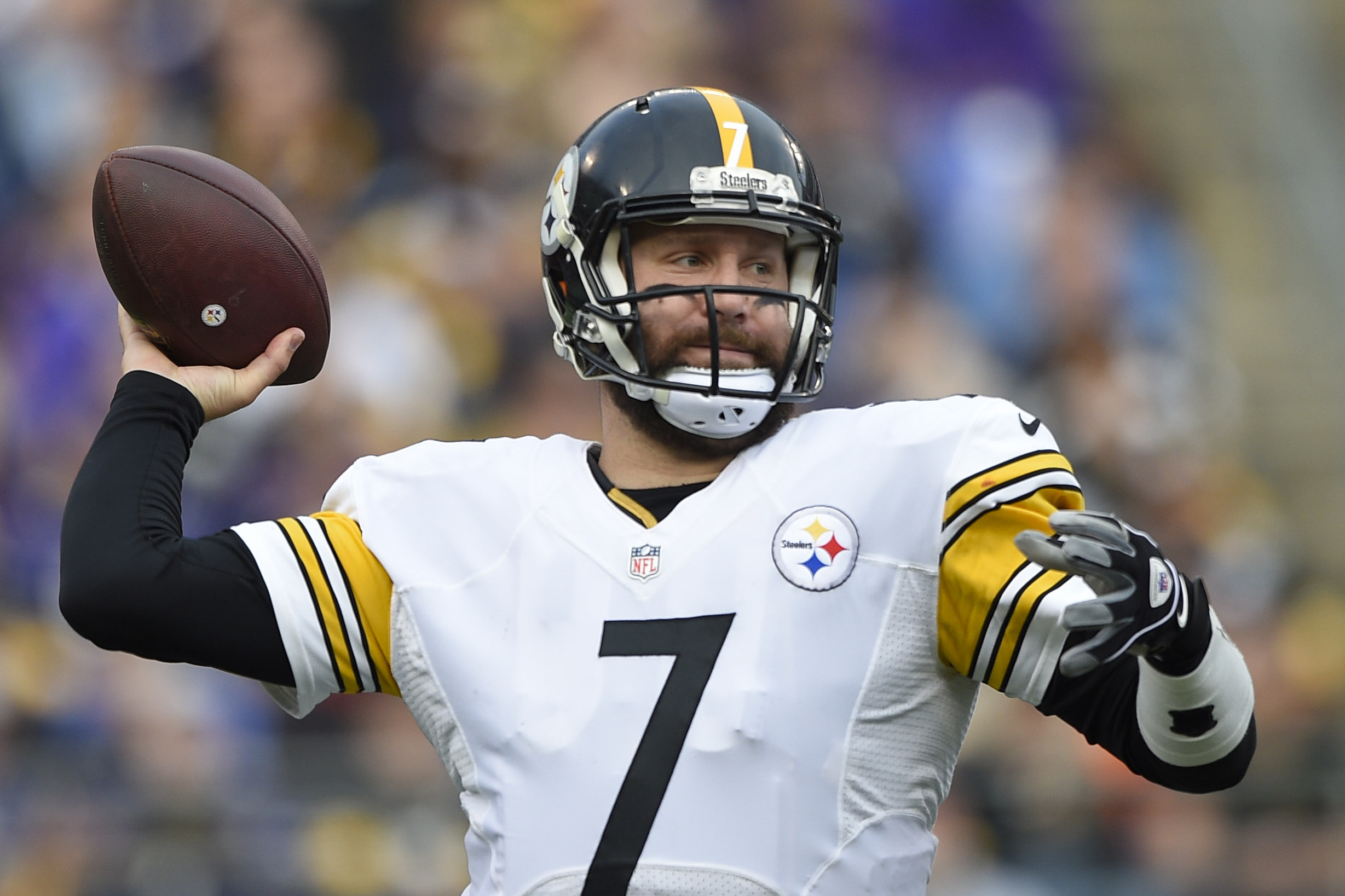 FILE - In this Sunday, Dec. 27, 2015 file photo, Pittsburgh Steelers quarterback Ben Roethlisberger (7) passes the ball during the first half of an NFL football game against the Baltimore Ravens in Baltimore. (AP Photo/Nick Wass, File)
