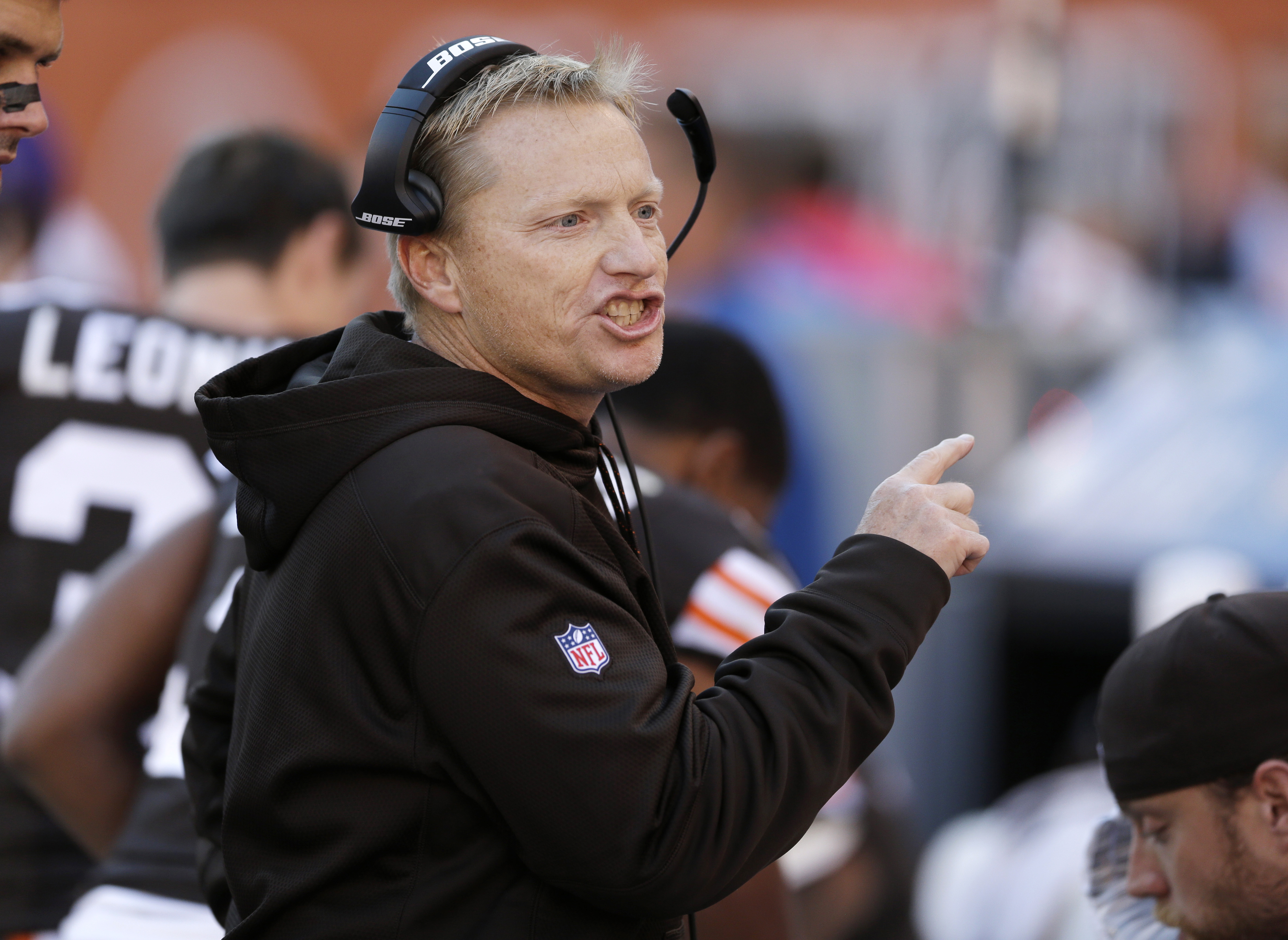 FILE - In this Oct. 26, 2014, file photo, Cleveland Browns special teams coordinator Chris Tabor gestures during an NFL football game against the Oakland Raiders, in Cleveland. The Browns are hanging on to special teams coordinator Chris Tabor. New coach