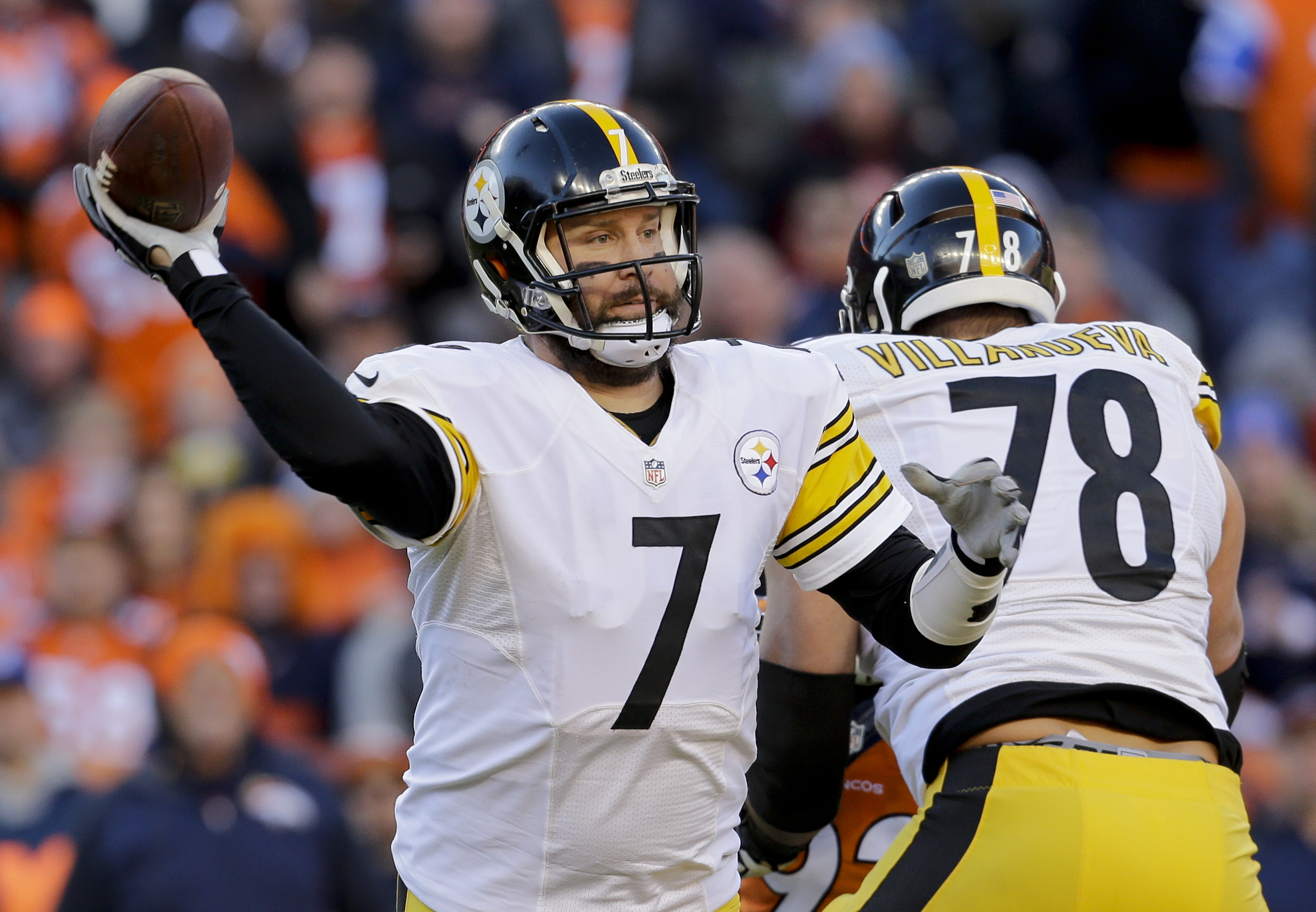 Pittsburgh Steelers quarterback Ben Roethlisberger passes against the Denver Broncos during the first half in an NFL football divisional playoff game, Sunday, Jan. 17, 2016, in Denver. (AP Photo/Joe Mahoney)