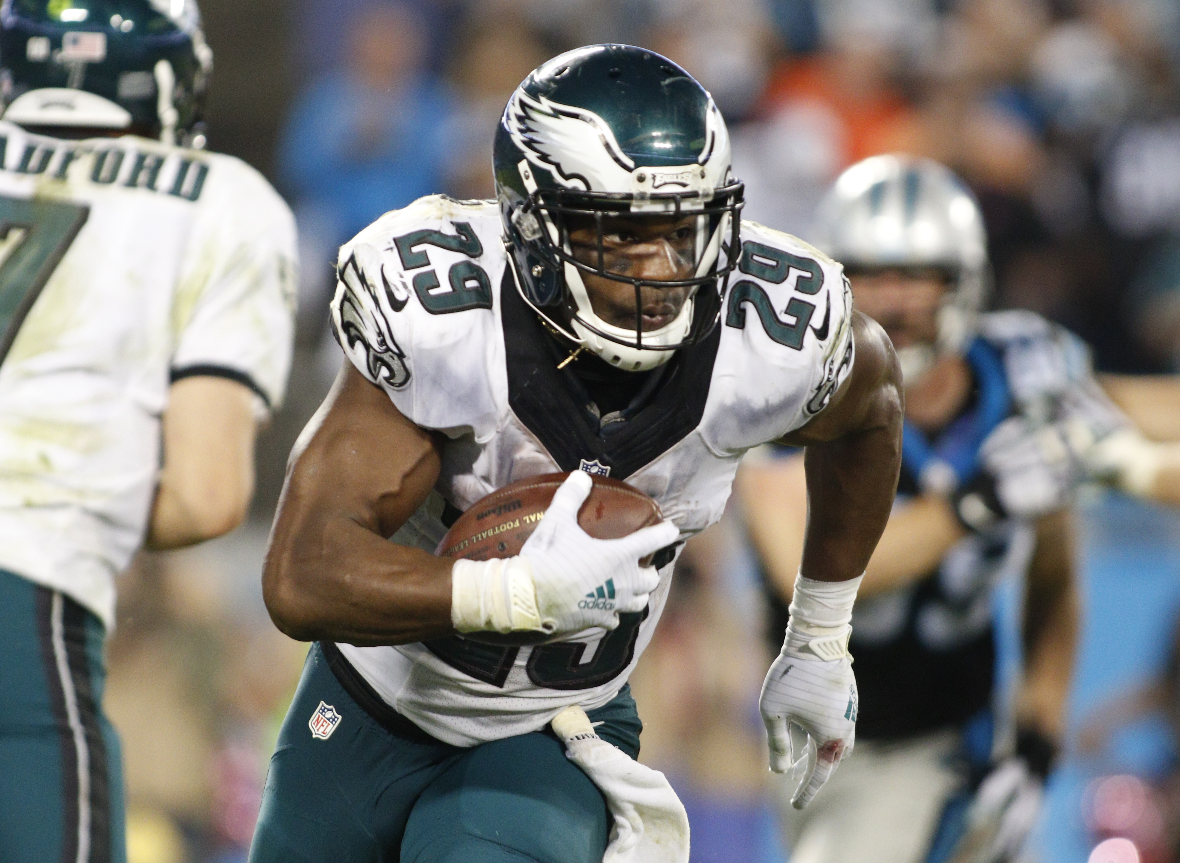 FILE - In this Oct. 25, 2015, file photo, Philadelphia Eagles' DeMarco Murray (29) runs against the Carolina Panthers in the second half of an NFL football game in Charlotte, N.C. The Titans are expected to finalize their trade for running back DeMarco Mu