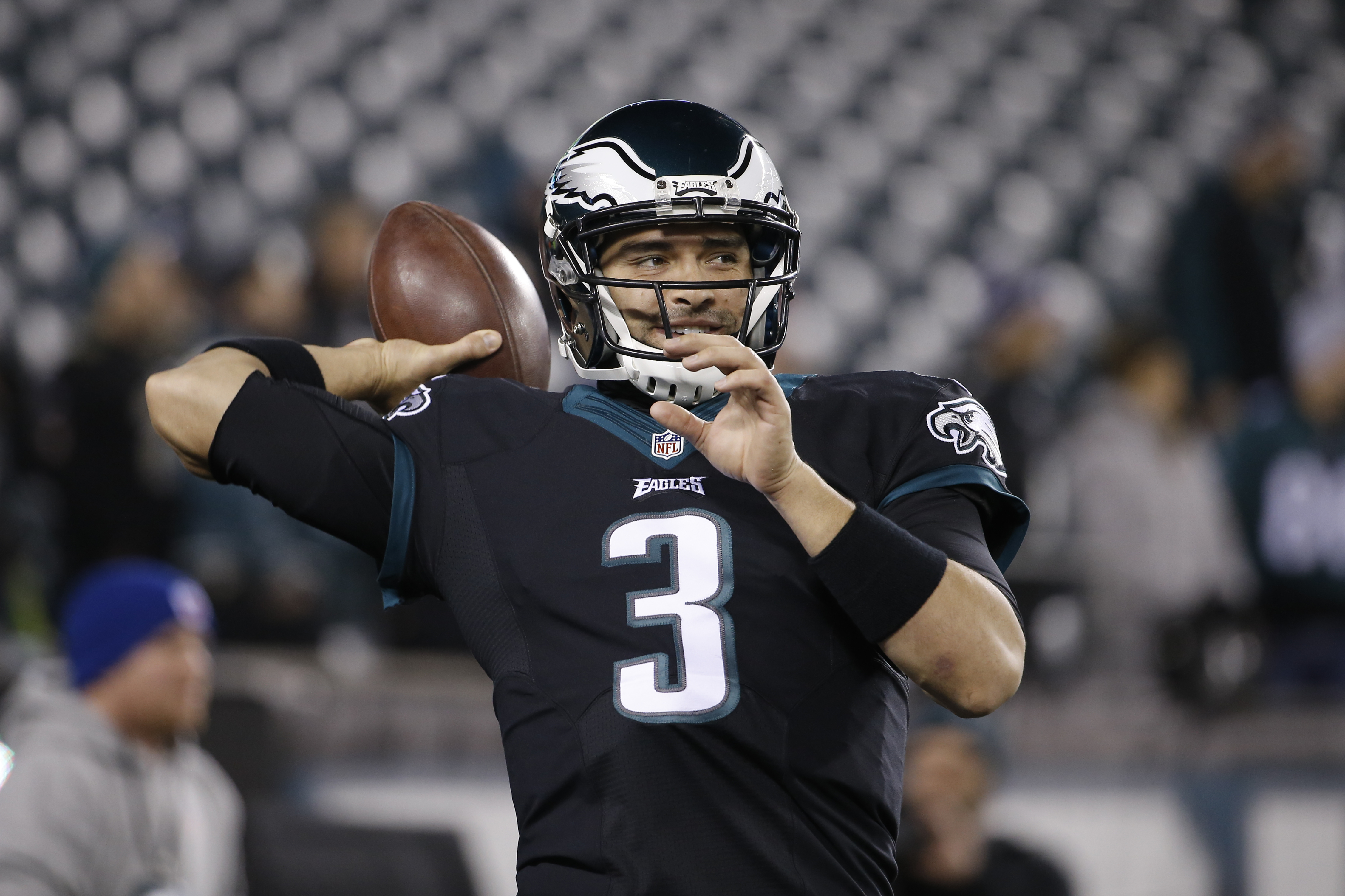 Philadelphia Eagles' Mark Sanchez warms up before an NFL football game against the Arizona Cardinals, Sunday, Dec. 20, 2015, in Philadelphia. (AP Photo/Matt Rourke)