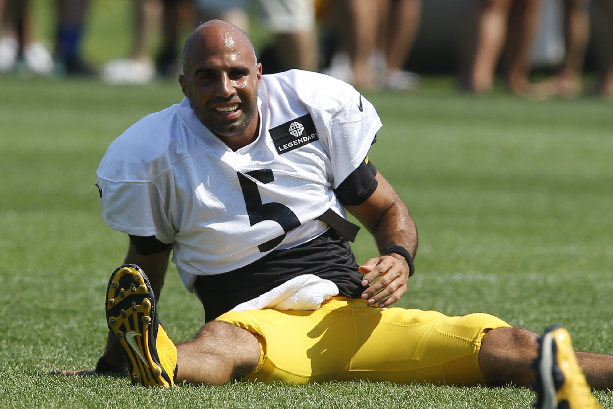 FILE - In this Aug. 16, 2015 file photo, Pittsburgh Steelers quarterback Bruce Gradkowski (5) takes part in drills at their NFL football training camp in Latrobe, Pa. The Steelers signed backup quarterback Bruce Gradkowski to a one-year deal on Monday, Ma