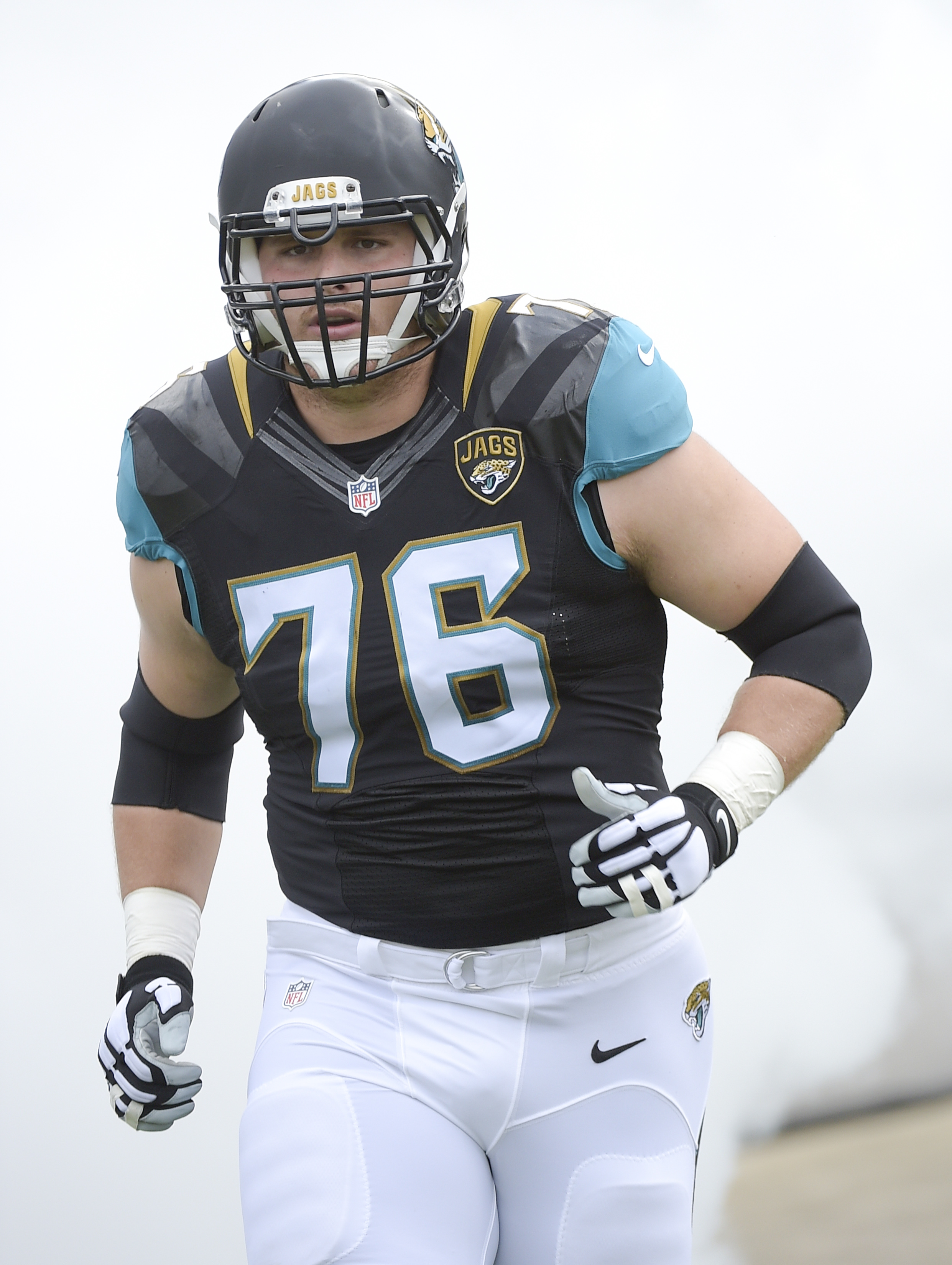 Jacksonville Jaguars tackle Luke Joeckel (76) takes the field before the first half of an NFL football game against the Indianapolis Colts in Jacksonville, Fla., Sunday, Dec. 13, 2015.(AP Photo/Phelan M. Ebenhack)