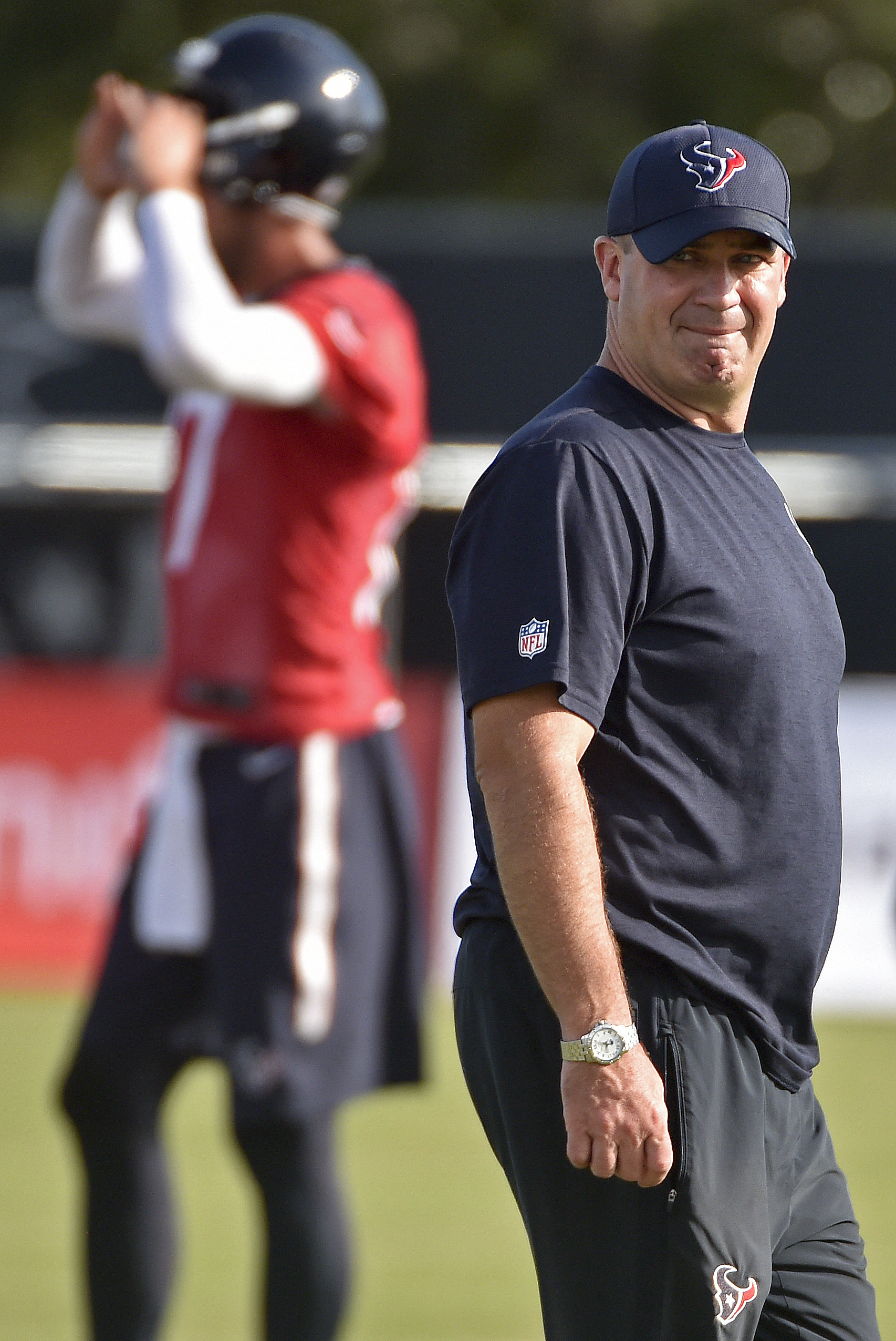 Houston Texans head coach Bill O'Brien watches a practice at the NFL football team's training camp, Sunday, July 31, 2016, in Houston. (AP Photo/Eric Christian Smith)