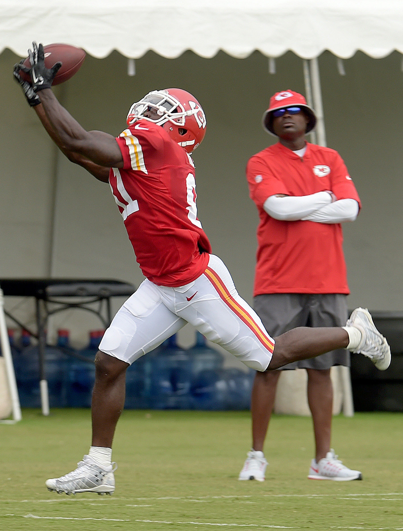 Kansas City Chiefs wide receiver Tyreek Hill makes a catch during practice at the NFL football team's training camp Tuesday, Aug. 2, 2016, in St. Joseph, Mo. (Jessica A. Stewart/The St. Joseph News-Press via AP)