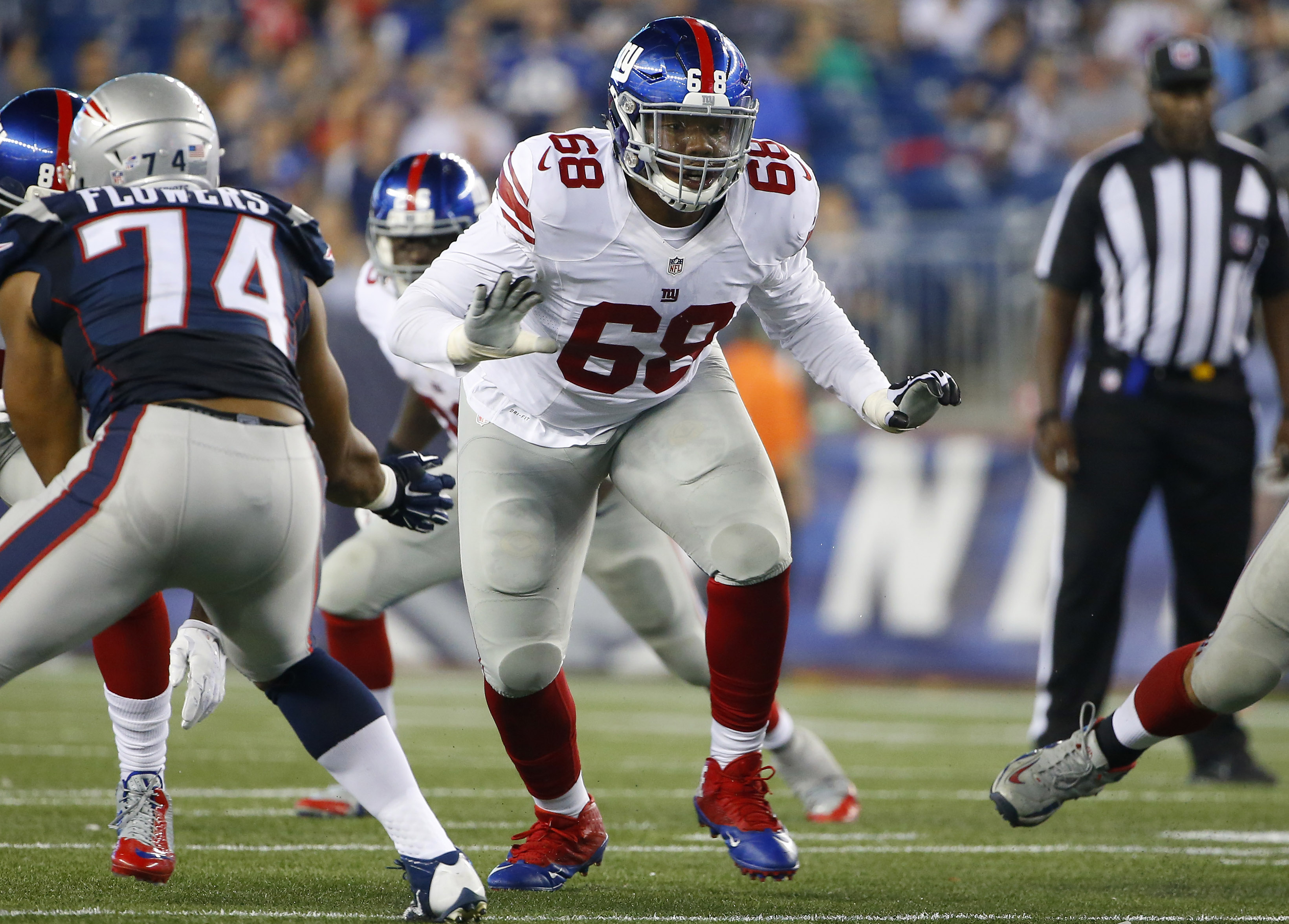 FILE - This Sept. 3, 2015 photo shows New York Giants offensive guard Bobby Hart in the second half of an NFL football game against the New England Patriots in Foxborough, Mass. Hart is somewhat of the unknown on the New York Giants offensive line. New co