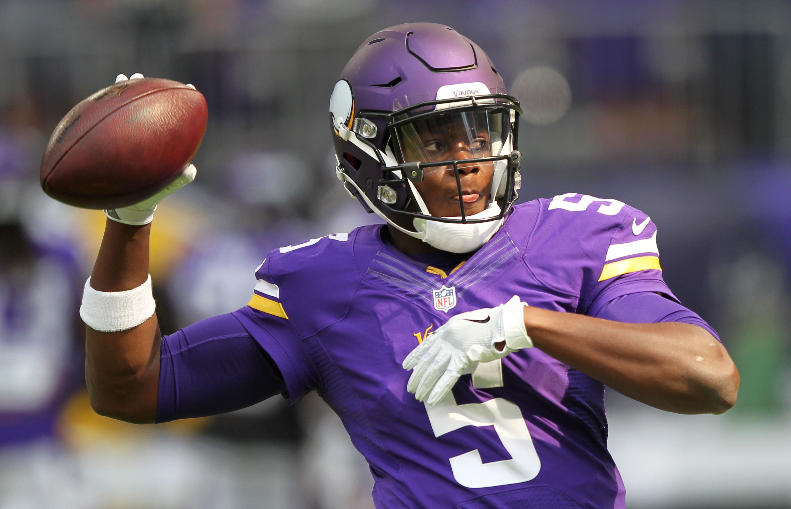 Minnesota Vikings quarterback Teddy Bridgewater (5) warms up before an NFL preseason football game against the San Diego Chargers Sunday, Aug. 28, 2016, in Minneapolis. (AP Photo/Andy Clayton-King)