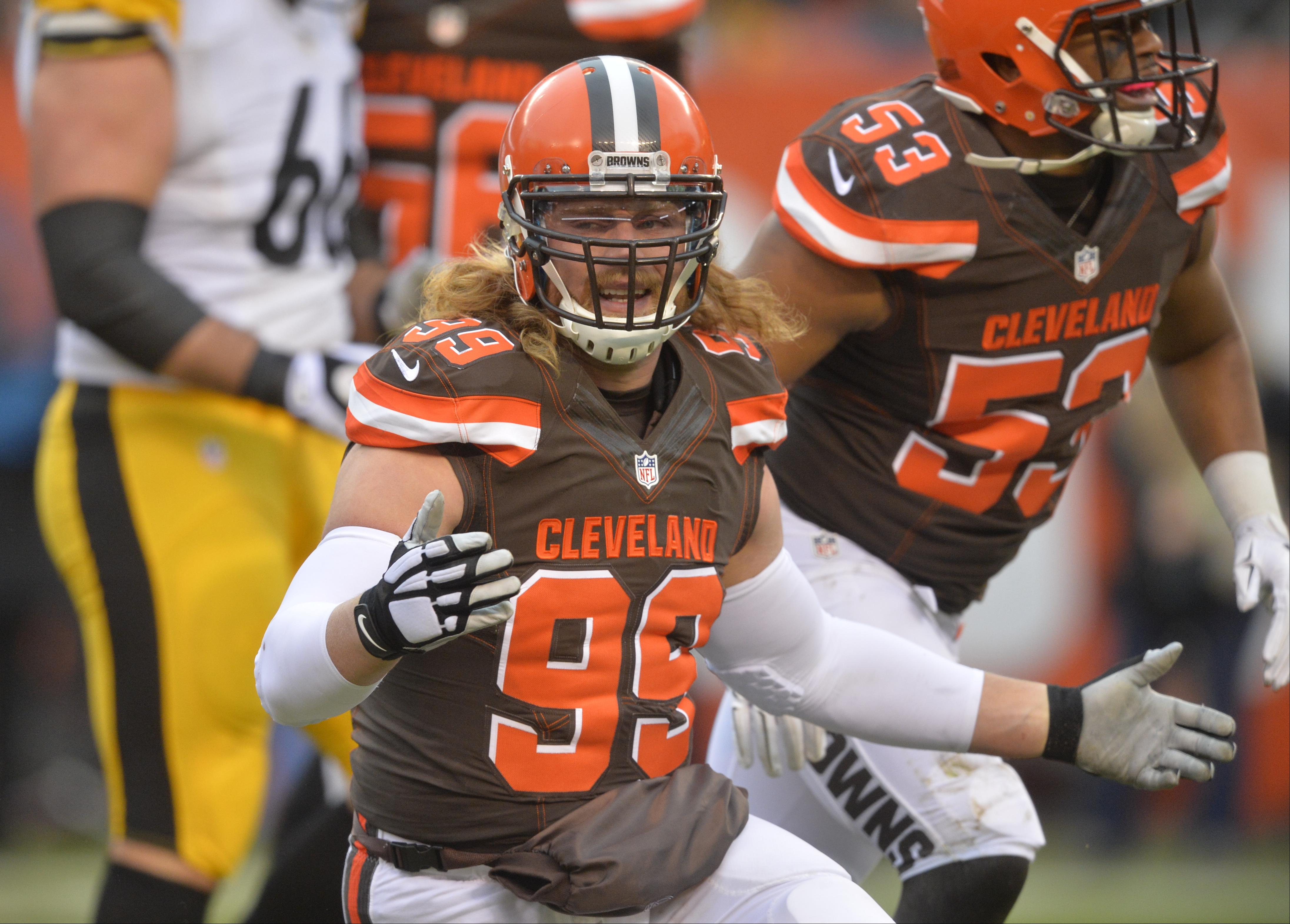 Cleveland Browns outside linebacker Paul Kruger (99) reacts during an NFL game against the Pittsburgh Steelers, Sunday, Jan. 3, 2016, in Cleveland. The Steelers won 28-12. (AP Photo/David Richard)