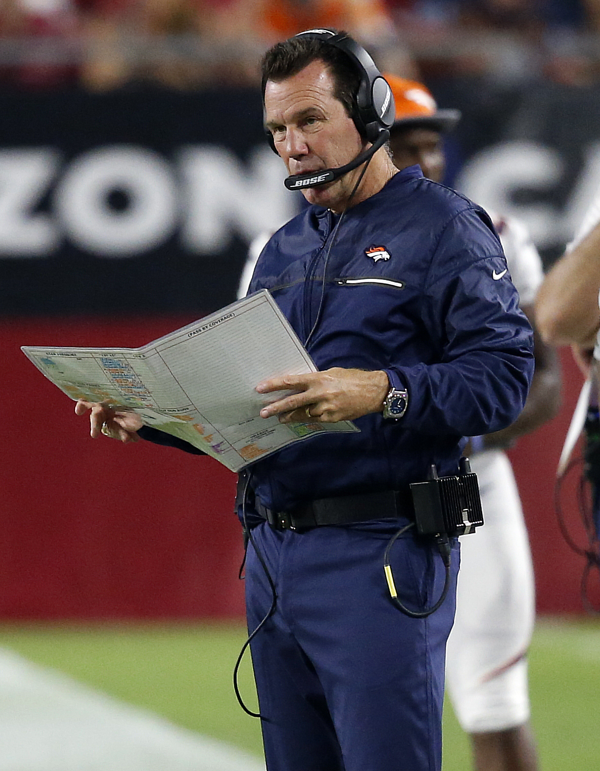 Denver Broncos coach Gary Kubiak watches from the sideline during the second half of the team's NFL preseason football game against the Arizona Cardinals on Thursday, Sept. 1, 2016, in Glendale, Ariz. (AP Photo/Ross D. Franklin)