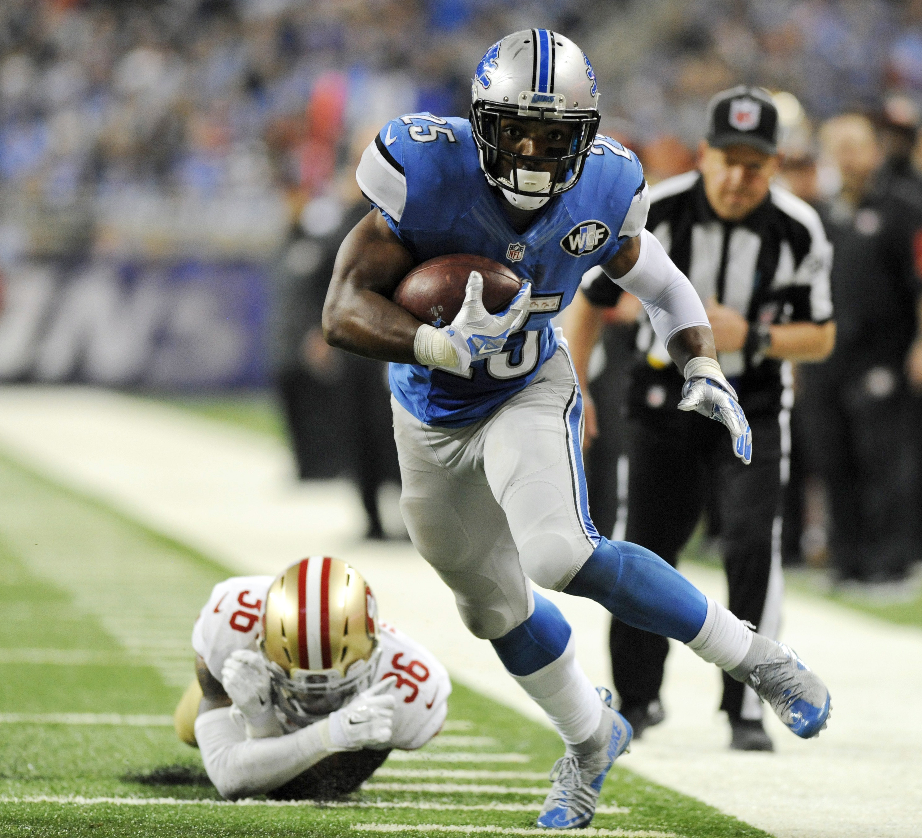 FILE - In this Dec. 27, 2015, file photo, Detroit Lions running back Theo Riddick (25) breaks away from San Francisco 49ers cornerback Dontae Johnson (36) during the second half of an NFL football game Detroit. Ameer Abdullahs foot injury likely means tha