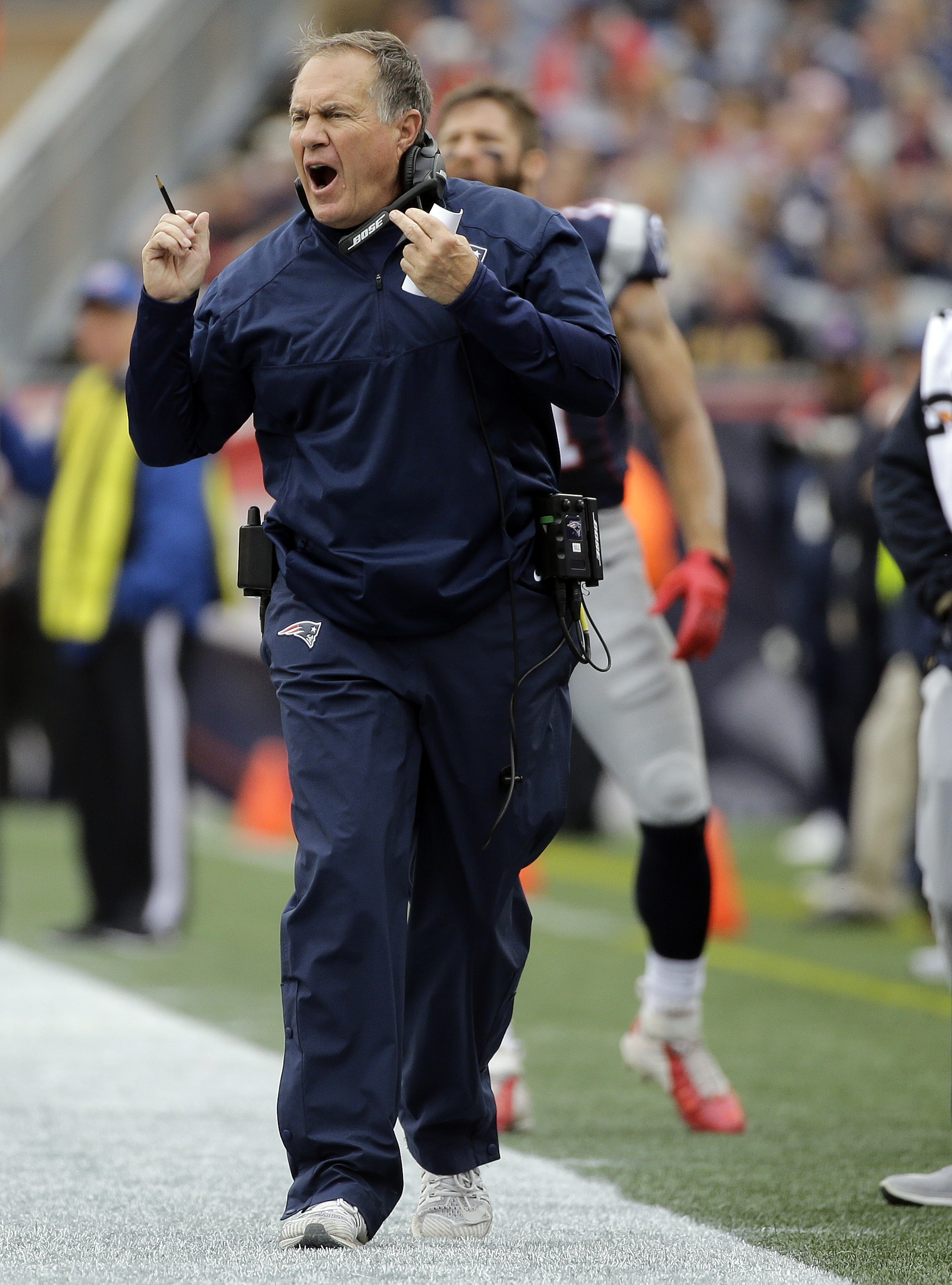 New England Patriots head coach Bill Belichick shouts from the sideline during the first half of an NFL football game against the Buffalo Bills Sunday, Oct. 2, 2016, in Foxborough, Mass. (AP Photo/Elise Amendola)