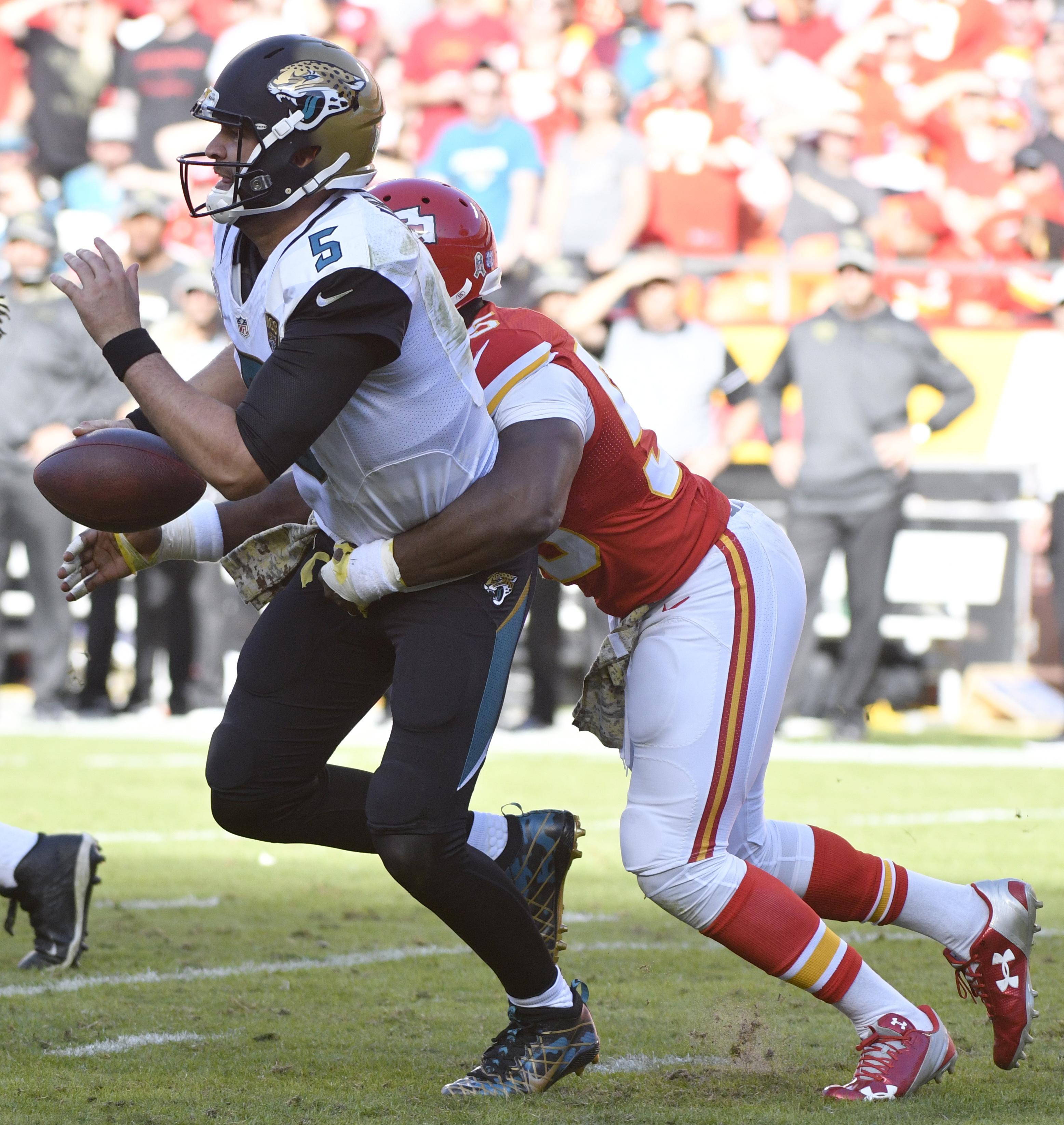 Kansas City Chiefs linebacker Dee Ford (55) sacks Jacksonville Jaguars quarterback Blake Bortles (5) during the second half of an NFL football game in Kansas City, Mo., Sunday, Nov. 6, 2016. (AP Photo/Ed Zurga)