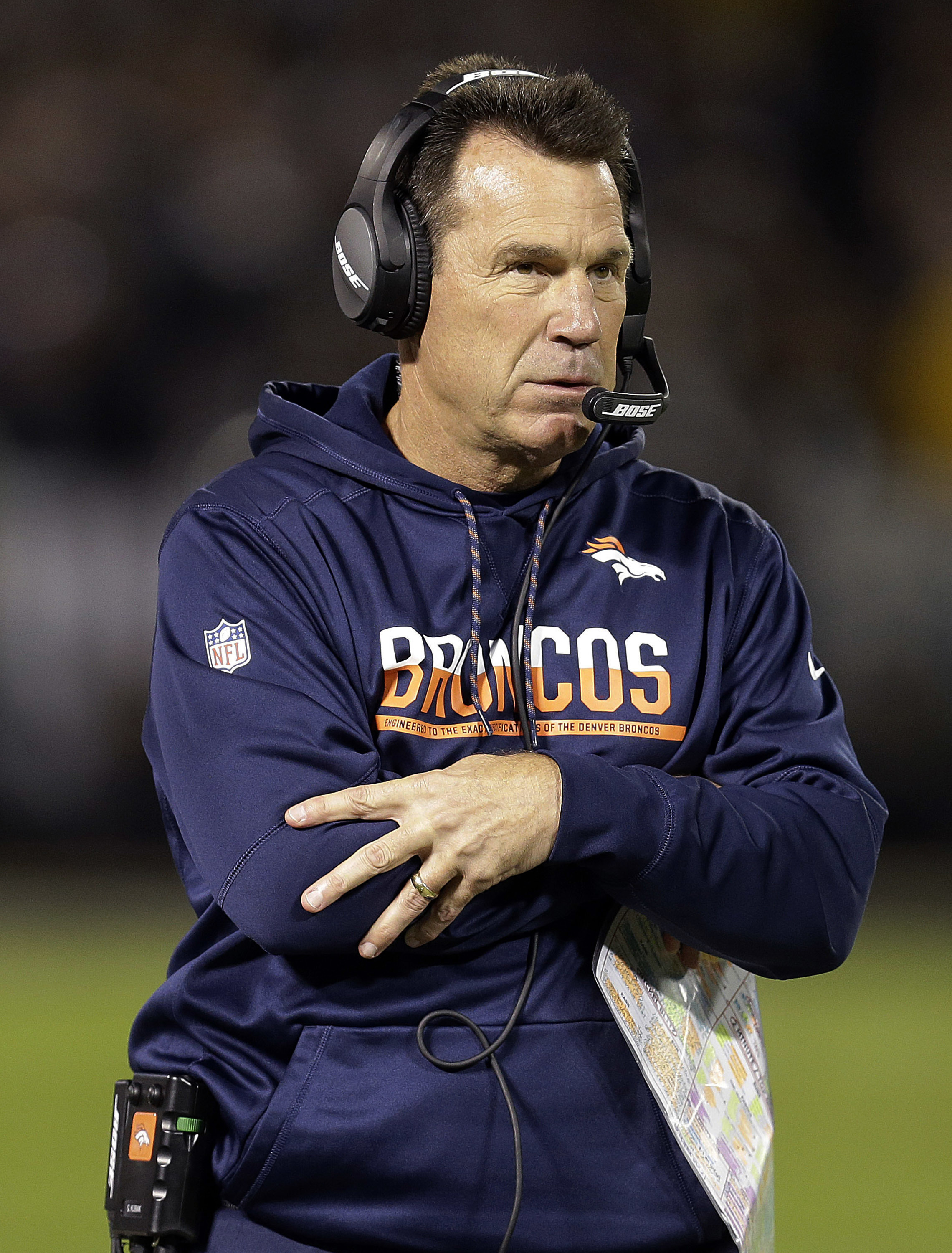 Denver Broncos head coach Gary Kubiak watches from the sideline during the first half of an NFL football game against the Oakland Raiders in Oakland, Calif., Sunday, Nov. 6, 2016. (AP Photo/Ben Margot)