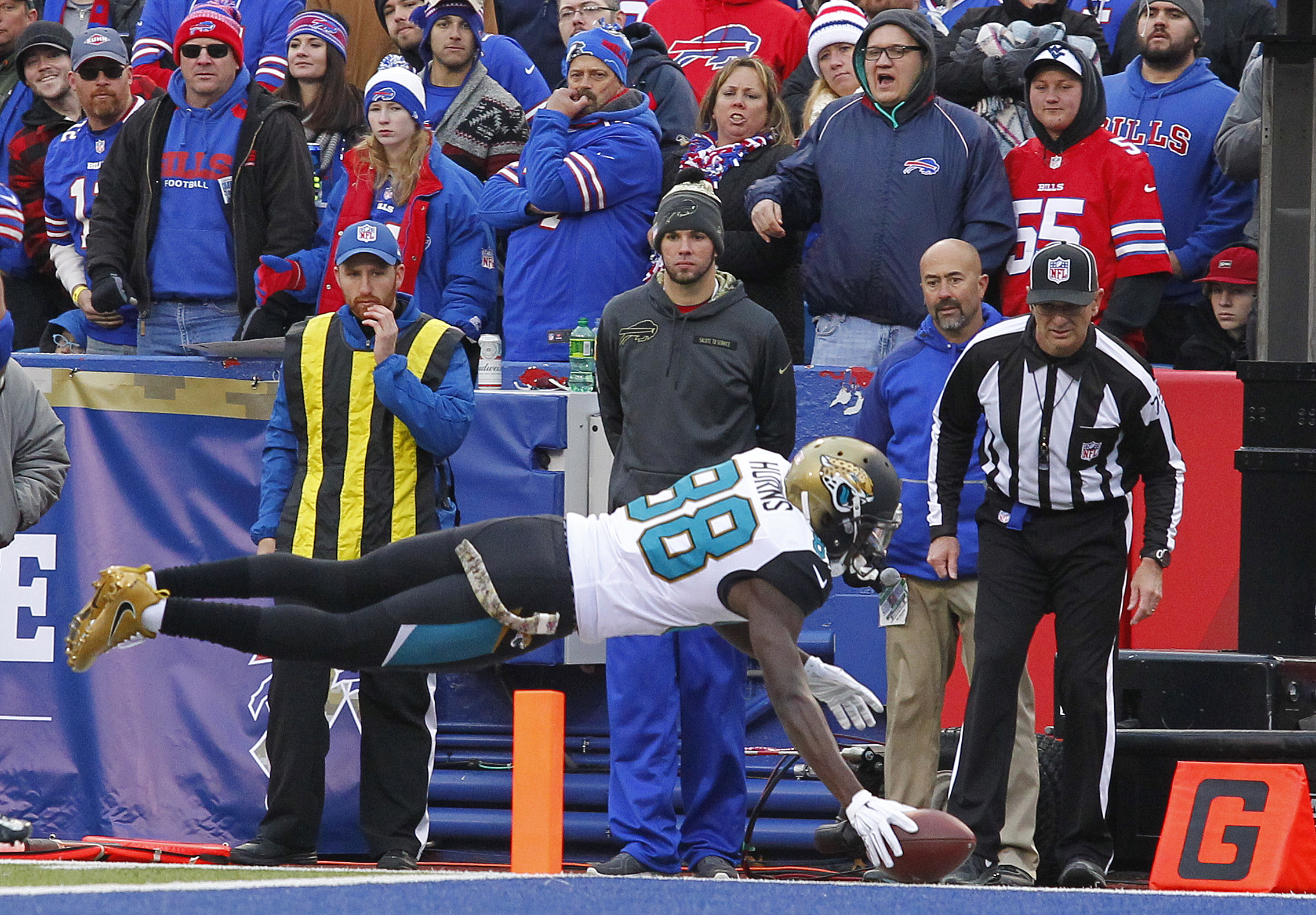 Jacksonville Jaguars wide receiver Allen Hurns (88) dives into the end zone for a touchdown during the second half of an NFL football game against the Buffalo Bills Sunday, Nov. 27, 2016, in Orchard Park, N.Y. (AP Photo/Bill Wippert)