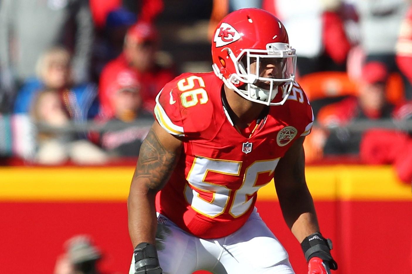 Kansas City Chiefs linebacker Derrick Johnson (56) defends against the Tampa Bay Buccaneers during an NFL game on Sunday Nov. 20, 2016 at Arrowhead Stadium in Kansas City, Mo. The Buccaneers won 19-17. (AP Photo/TUSP, Jay Biggerstaff)