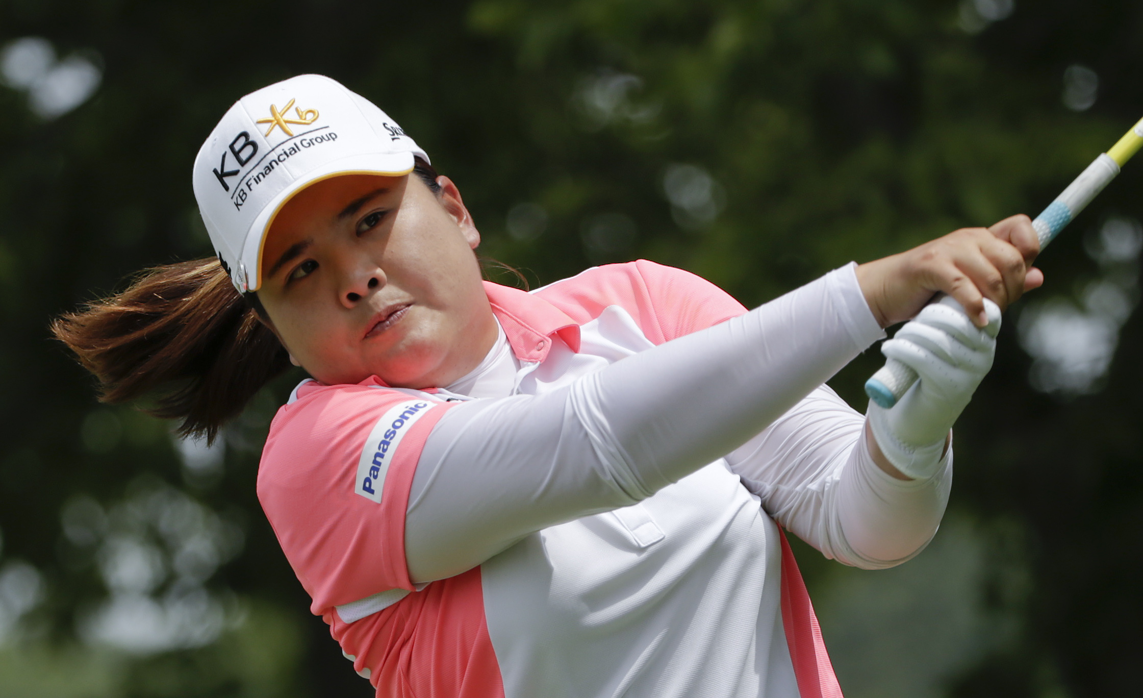 South Korea's Inbee Park hits off the second tee during the final round of the U.S. Women's Open golf tournament at Lancaster Country Club, Sunday, July 12, 2015 in Lancaster, Pa. (AP Photo/Frank Franklin II)