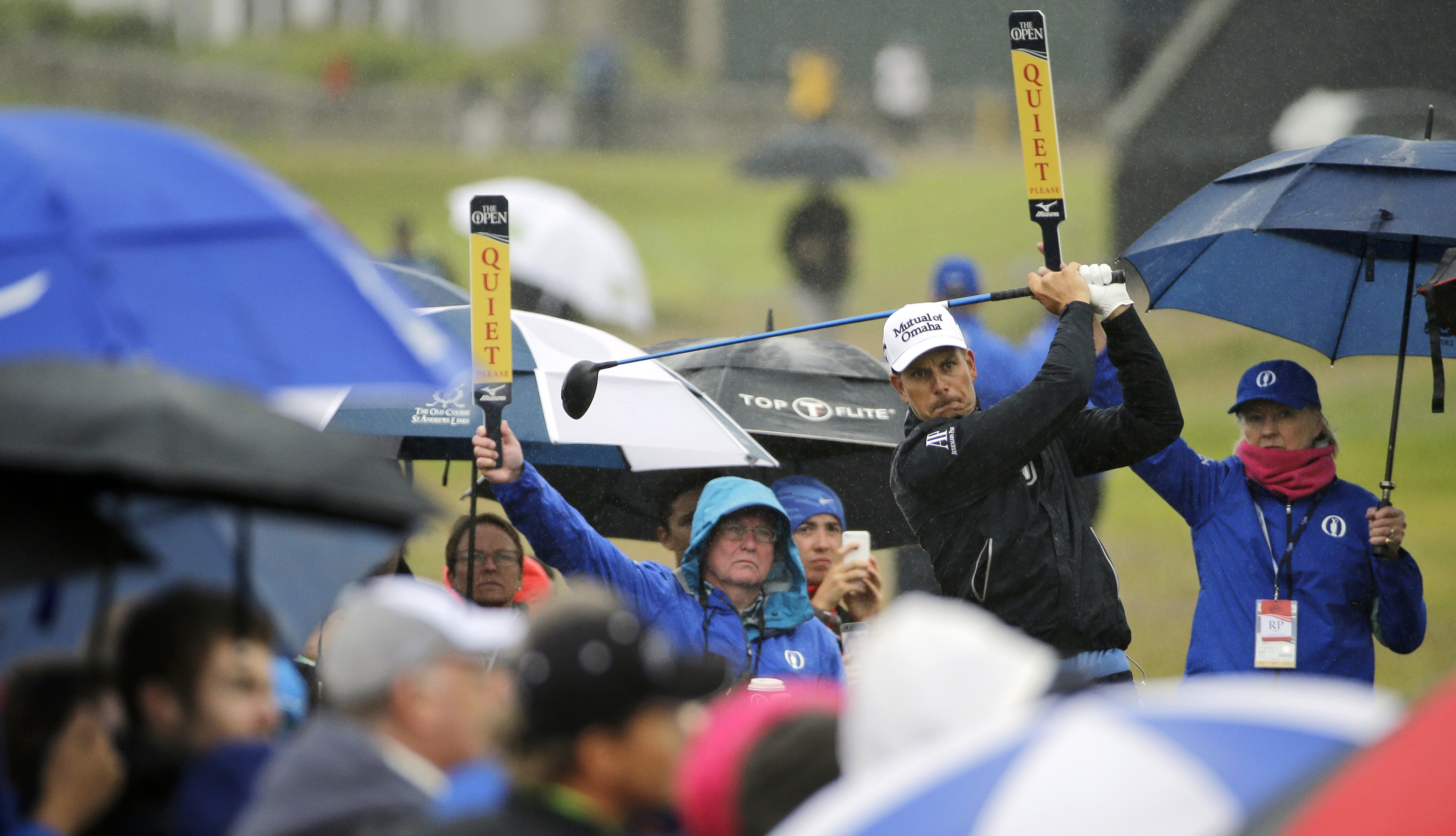 Sweden's Henrik Stenson drives a ball from the 14th tee during a practice round at the British Open Golf Championship at the Old Course, St. Andrews, Scotland, Wednesday, July 15, 2015. (AP Photo/David J. Phillip)