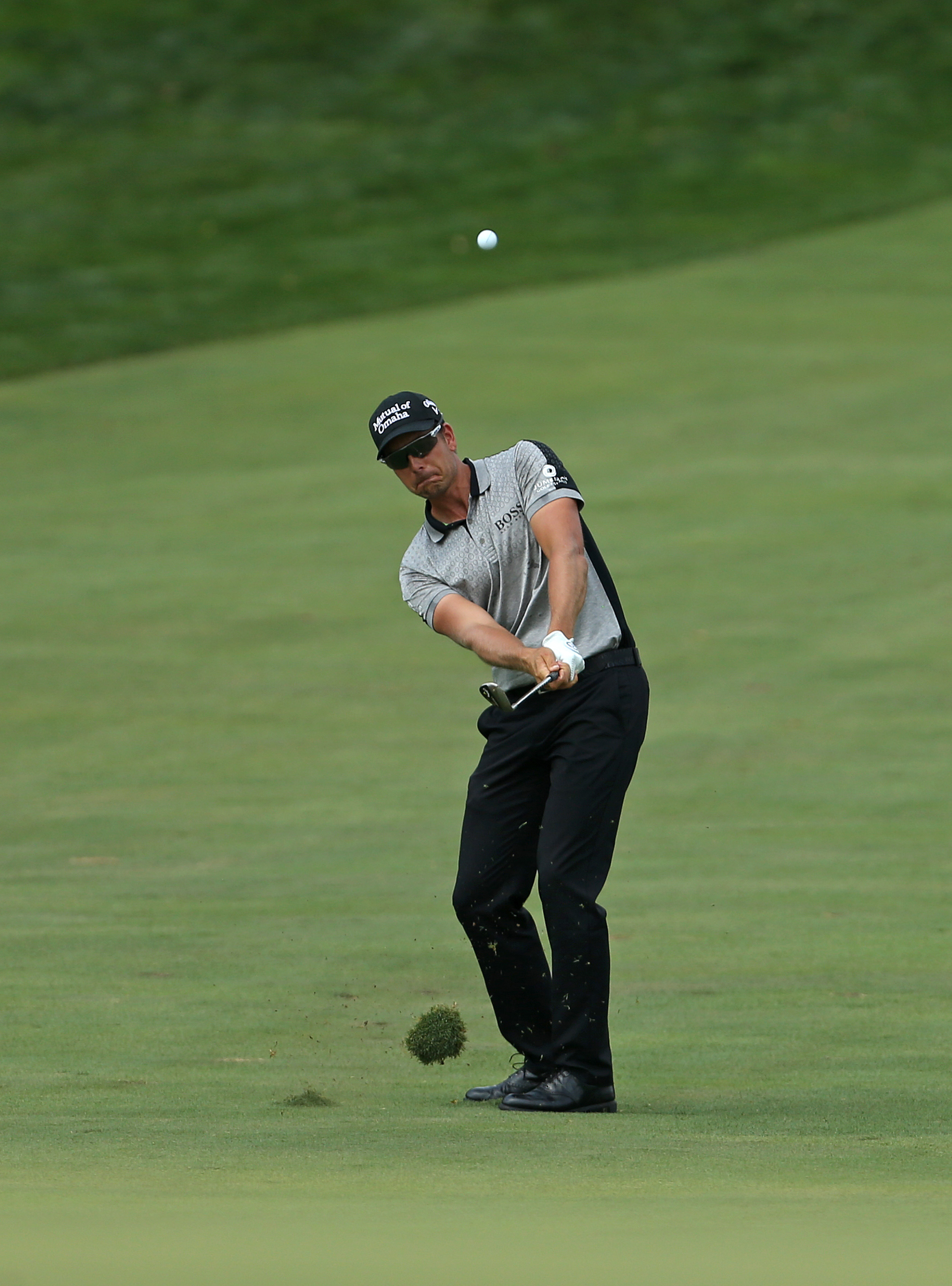 Henrik Stenson, of Sweden, hits from the second fairway during the final round of play at The Barclays golf tournament Sunday, Aug. 30, 2015, in Edison, N.J. (AP Photo/Adam Hunger)