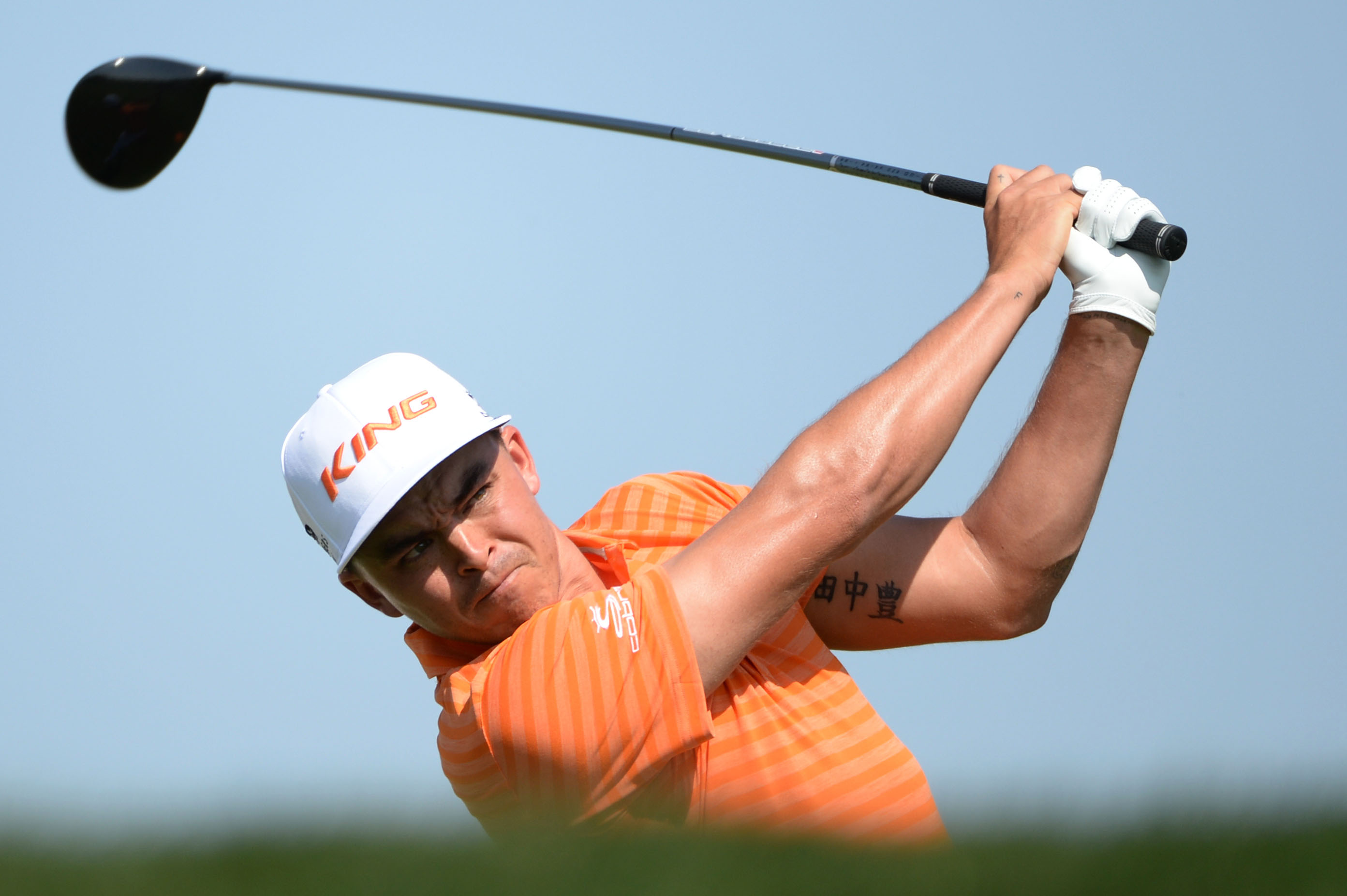 Rickie Fowler of the Unites States tees off at the third hole during the final round of the Abu Dhabi Golf Championship in Abu Dhabi, United Arab Emirates, Sunday, Jan. 24, 2016. (AP Photo/Martin Dokoupil)