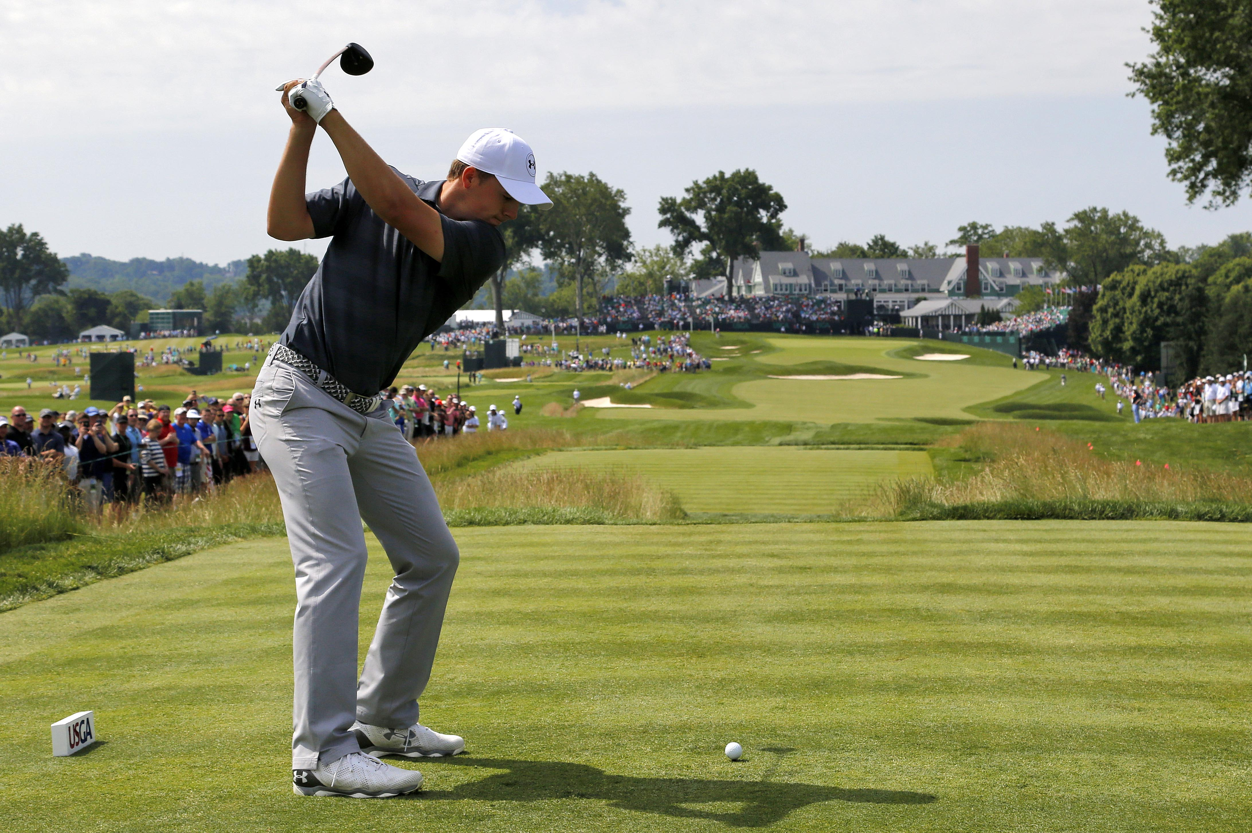 Jordan Spieth hits his tee shot on the 18th hole during a practice round for the U.S. Open golf championship at Oakmont Country Club on Wednesday, June 15, 2016, in Oakmont, Pa. (AP Photo/Gene J. Puskar)