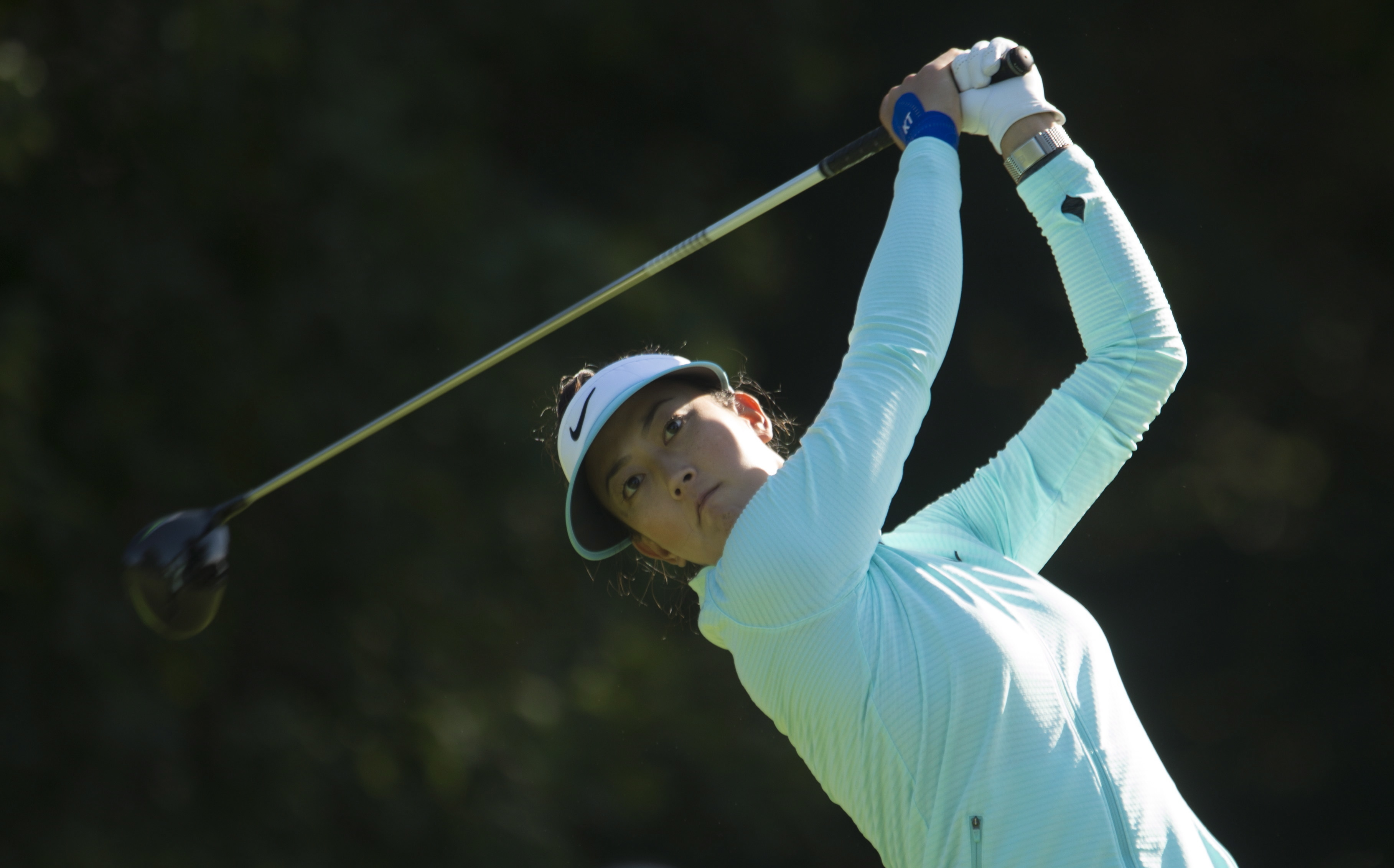 Michelle Wie hits a drive off the fourth tee during first round play at the Canadian Open in Ottawa, Thursday August 24, 2017. (Adrian Wyld/The Canadian Press via AP)