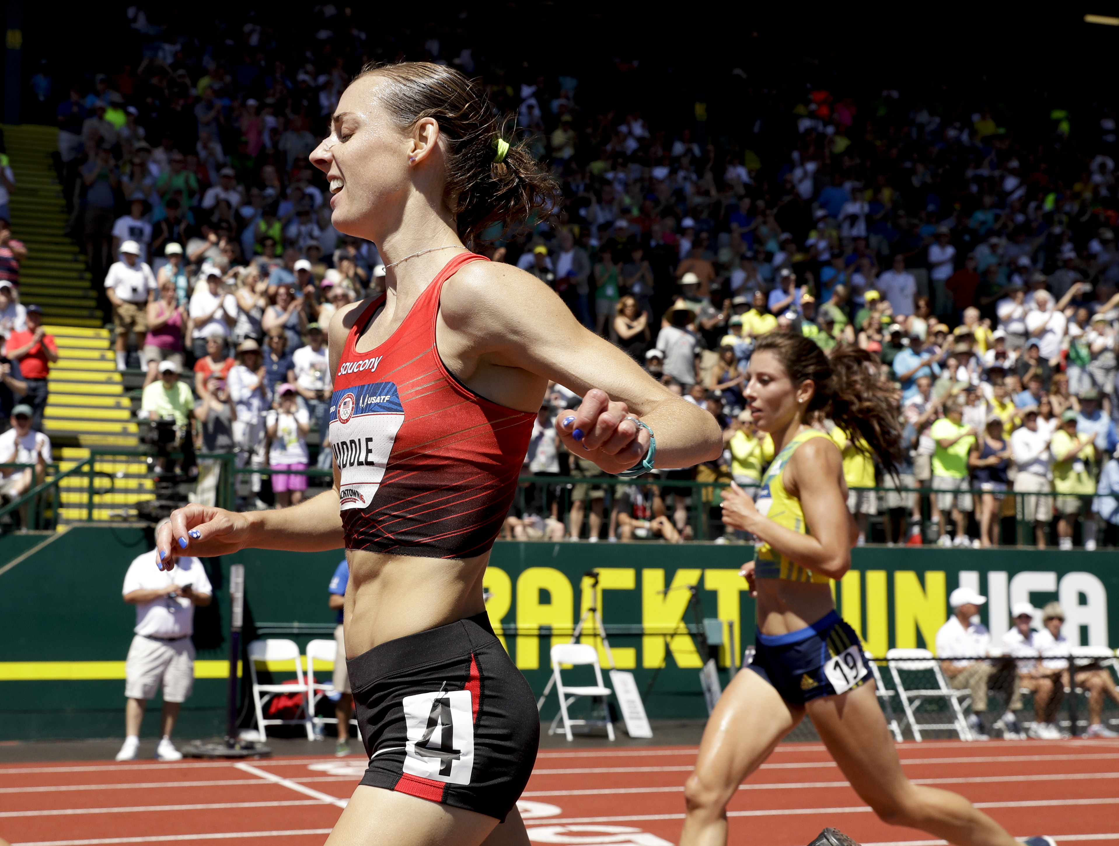 Molly Huddle wins the women's 10,000-meter run final at the U.S. Olympic Track and Field Trials, Saturday, July 2, 2016, in Eugene Ore.(AP Photo/Charlie Riedel)