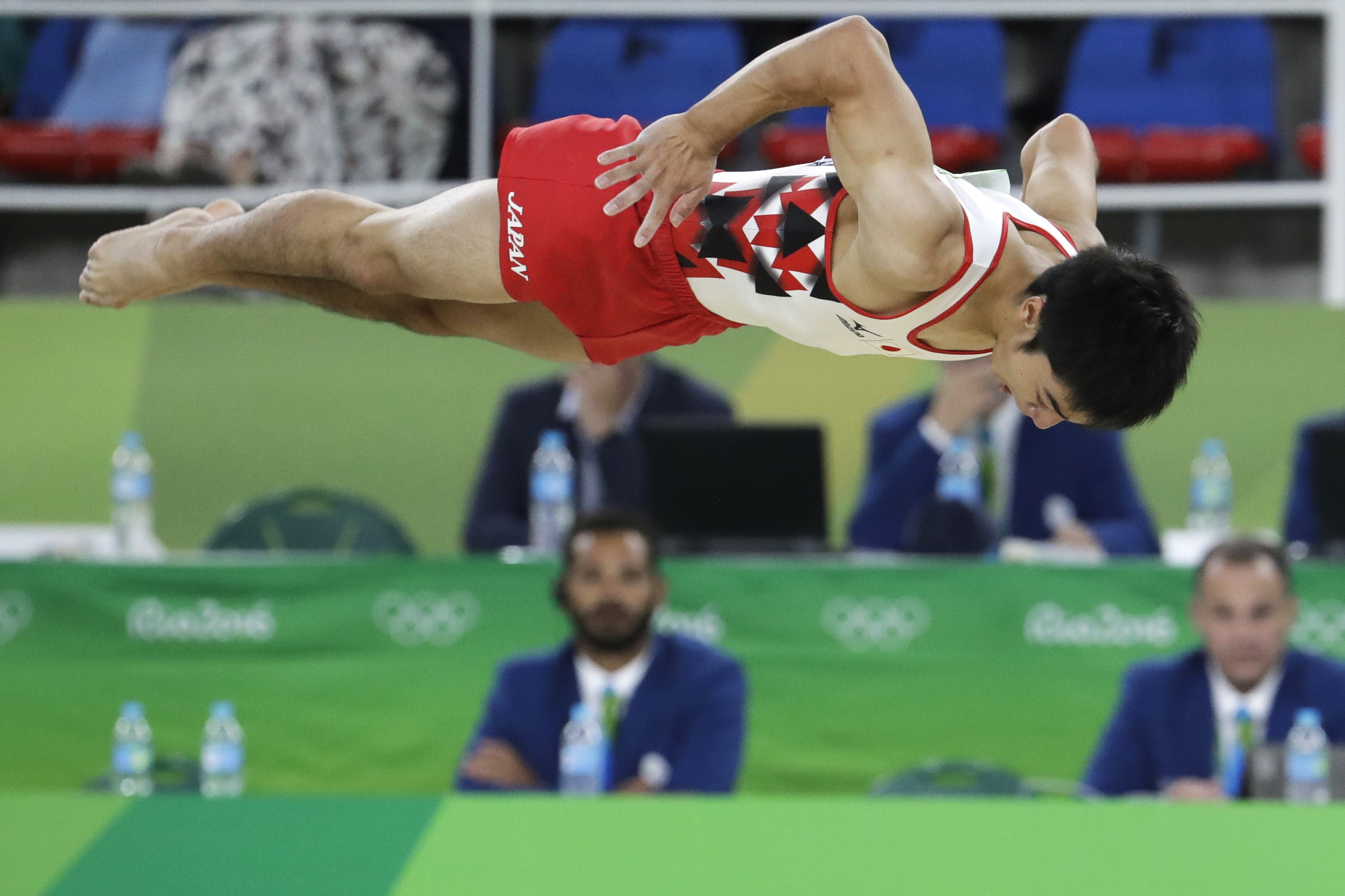 Japan's Kenzo Shirai performs on the floor during the artistic gymnastics men's qualification at the 2016 Summer Olympics in Rio de Janeiro, Brazil, Saturday, Aug. 6, 2016. (AP Photo/Dmitri Lovetsky)