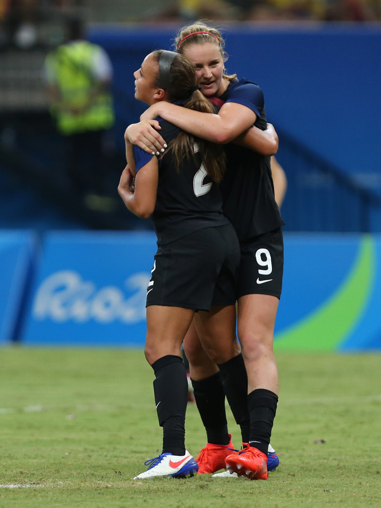 United States' Mallory Pugh, left, is congratulated after scoring her side's 2nd goal by teammate Lindsey Horan during a group G match of the women's Olympic football tournament between Colombia and United States at the Arena Amazonia stadium in Manaus, B