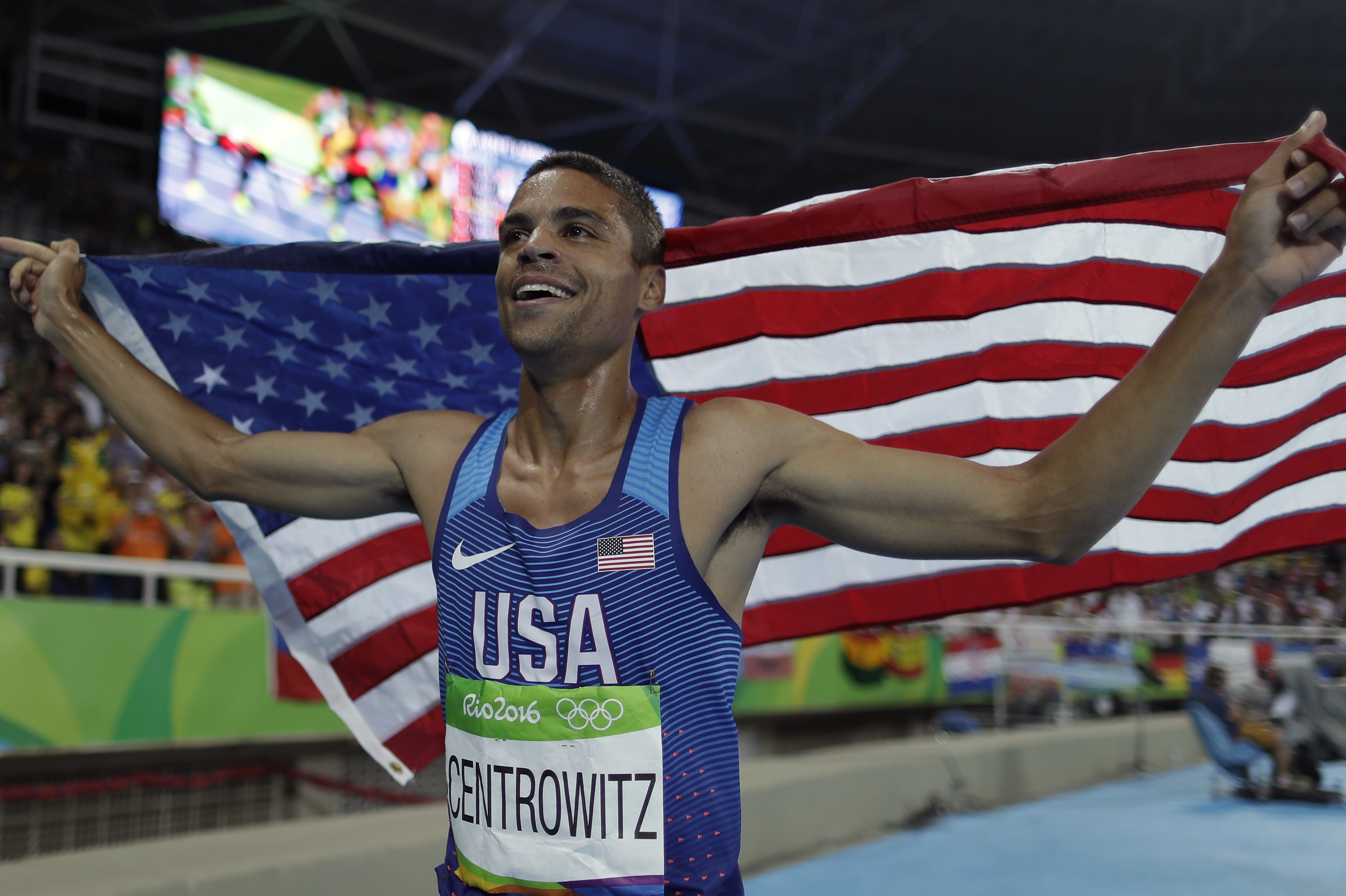 United States' Matthew Centrowitz celebrates after winning the gold medal in the men's 1500-meter final during the athletics competitions of the 2016 Summer Olympics at the Olympic stadium in Rio de Janeiro, Brazil, Saturday, Aug. 20, 2016. (AP Photo/Matt