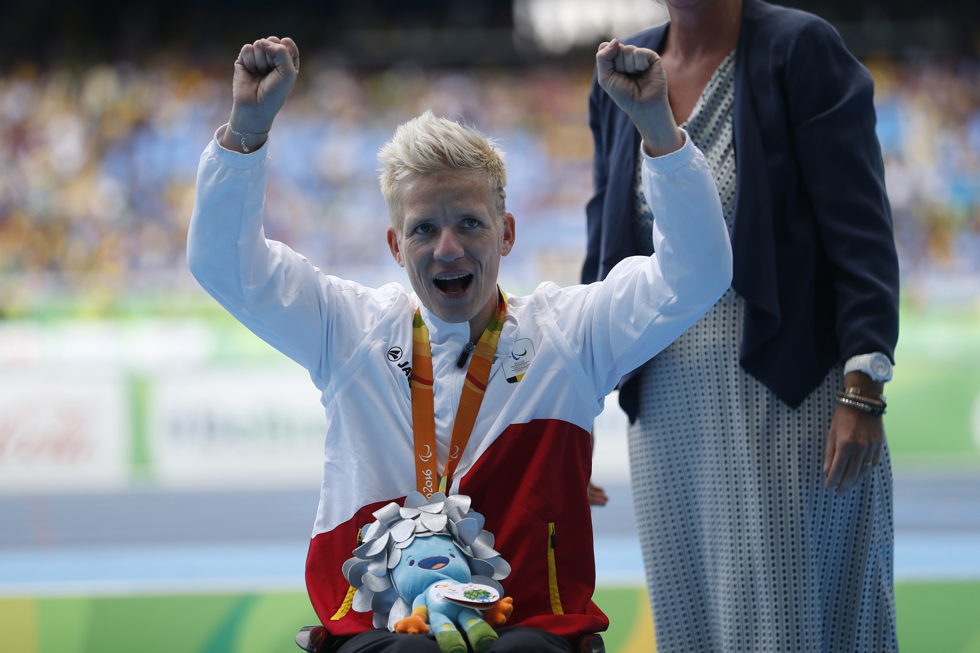 Belgium's Marieke Vervoort celebrates her silver medal win in the women's 400-meter T52 final, during the Rio 2016 Paralympic Games, at the Olympic Stadium, in Rio de Janeiro, Brazil, Saturday, Sept. 10, 2016. (AP Photo/Mauro Pimentel)