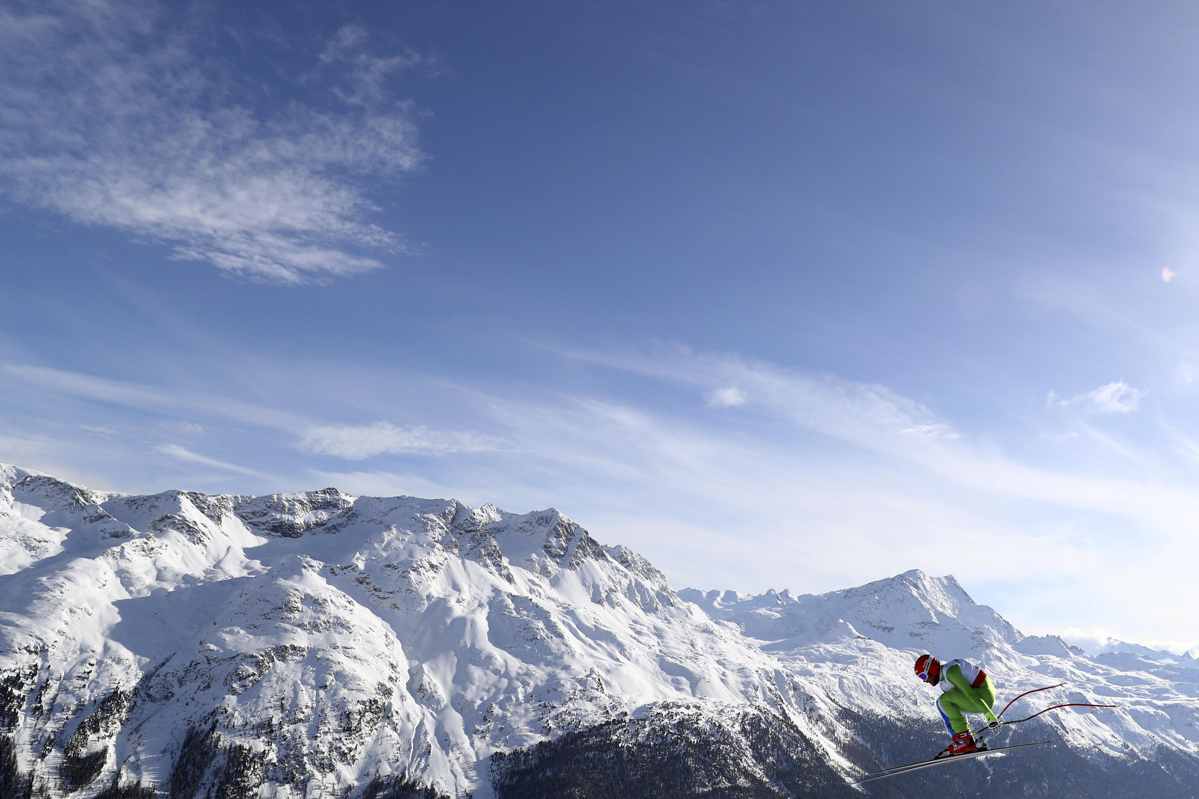 Slovenia's Miha Hrobat competes during a men's downhill race, at the alpine ski World Championships in St. Moritz, Switzerland, Sunday, Feb.12, 2017. (AP Photo/Alessandro Trovati)