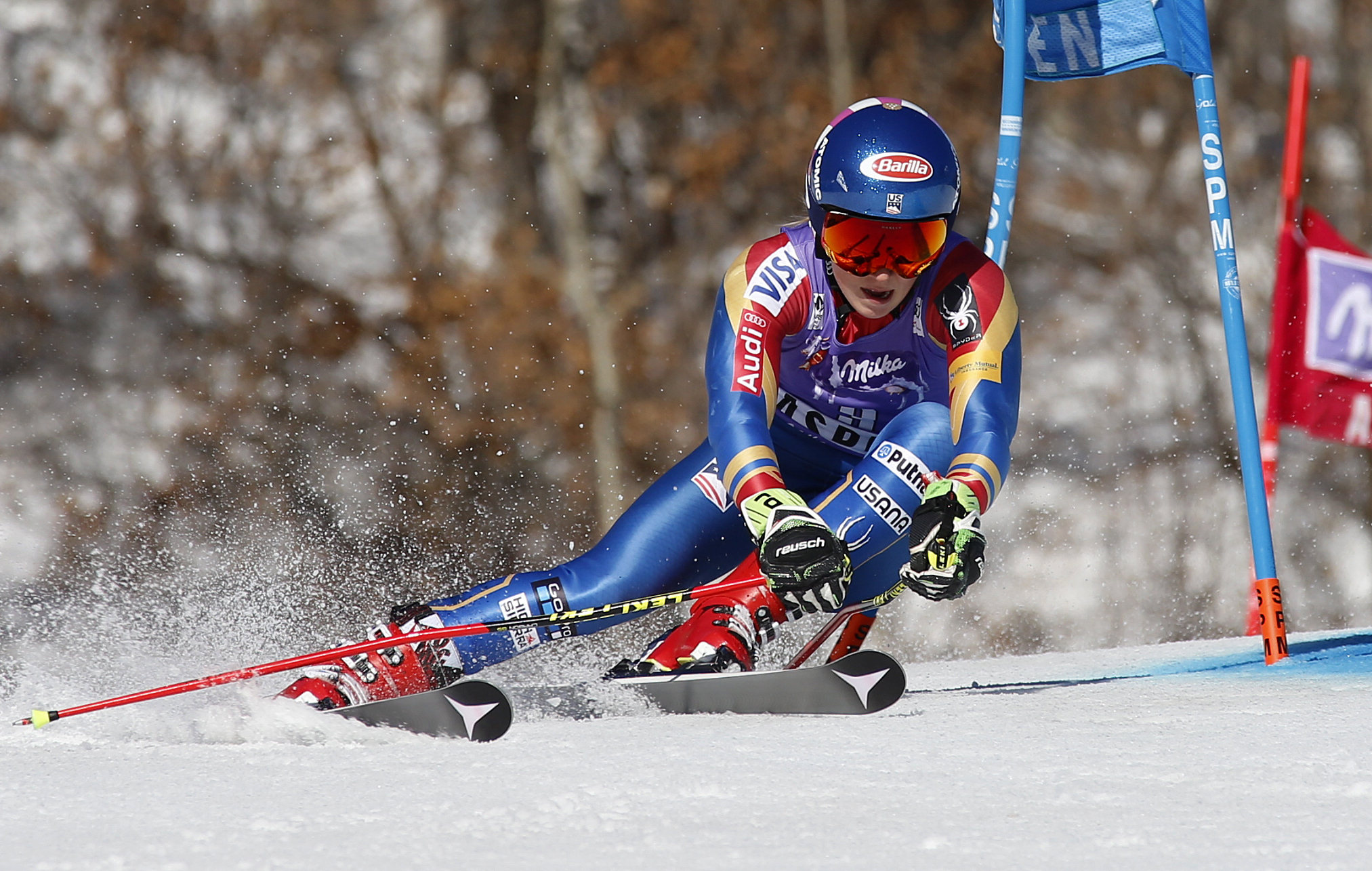 United States' Mikaela Shiffrin skis during the first run of a women's World Cup giant slalom ski race Sunday, March 19, 2017, in Aspen, Colo. (AP Photo/Nathan Bilow)