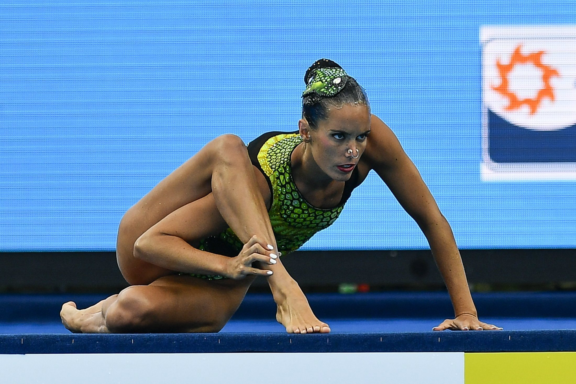 Ona Carbonell of Spain performs during the women's Solo Technical event of the FINA Swimming World Championships 2017 in the City Park, in Budapest, Hungary, Friday, July 14, 2017. (Zsolt Czegledi/MTI via AP)